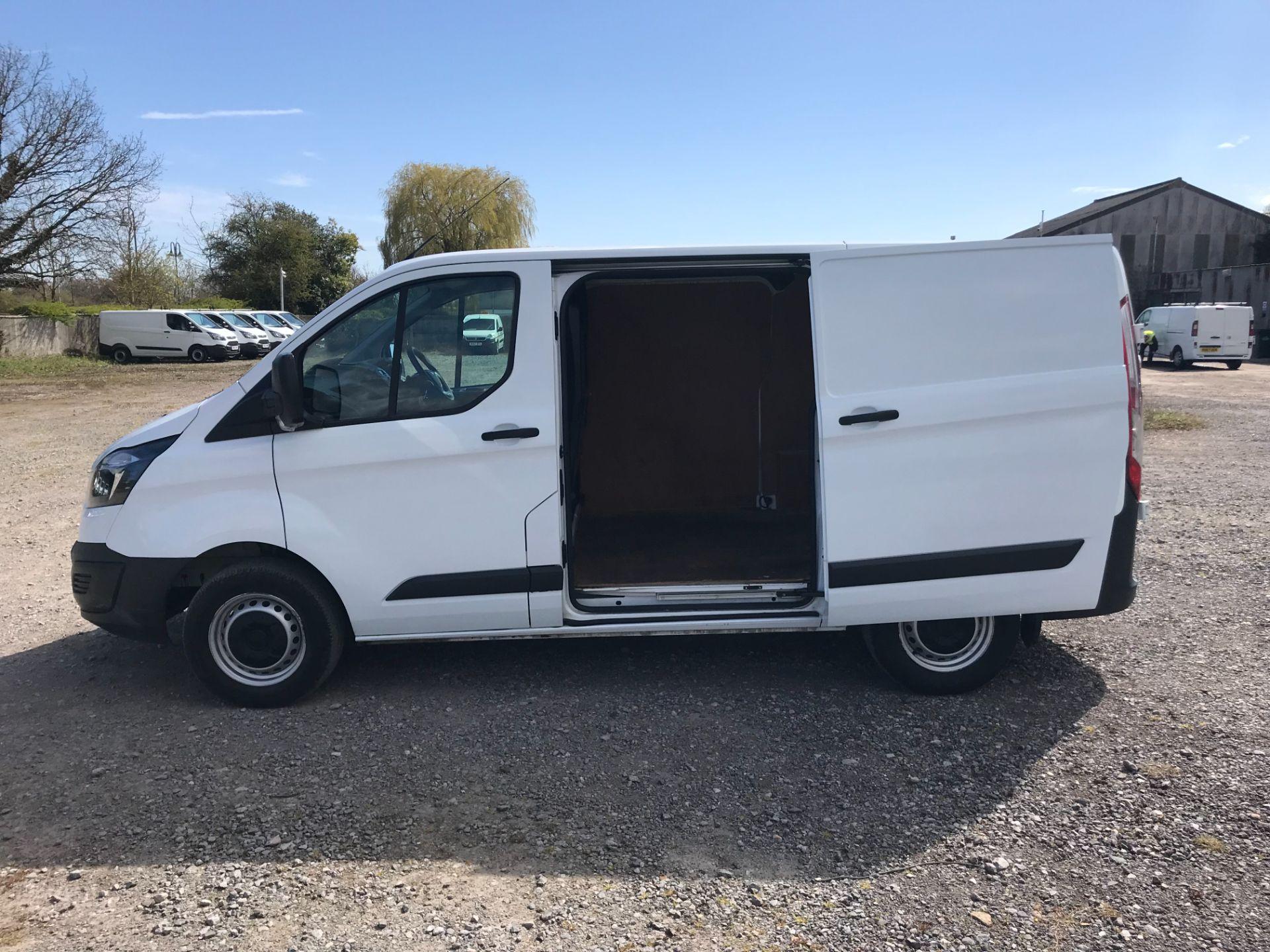 2017 Ford Transit Custom 2.0 Tdci 105Ps Low Roof Van (FP17VDE) Image 8
