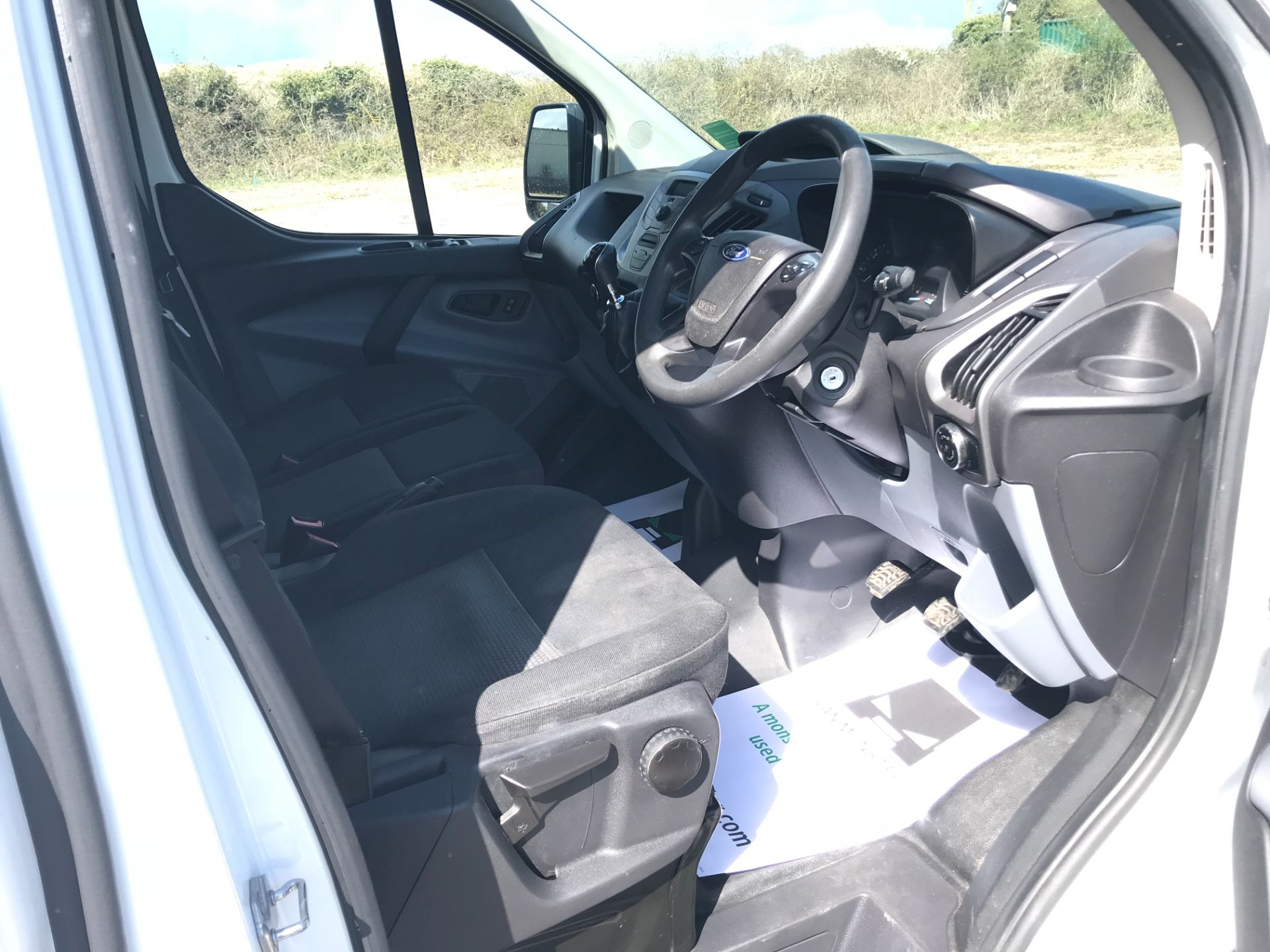 2017 Ford Transit Custom 2.0 Tdci 105Ps Low Roof Van (FP17VDE) Image 23