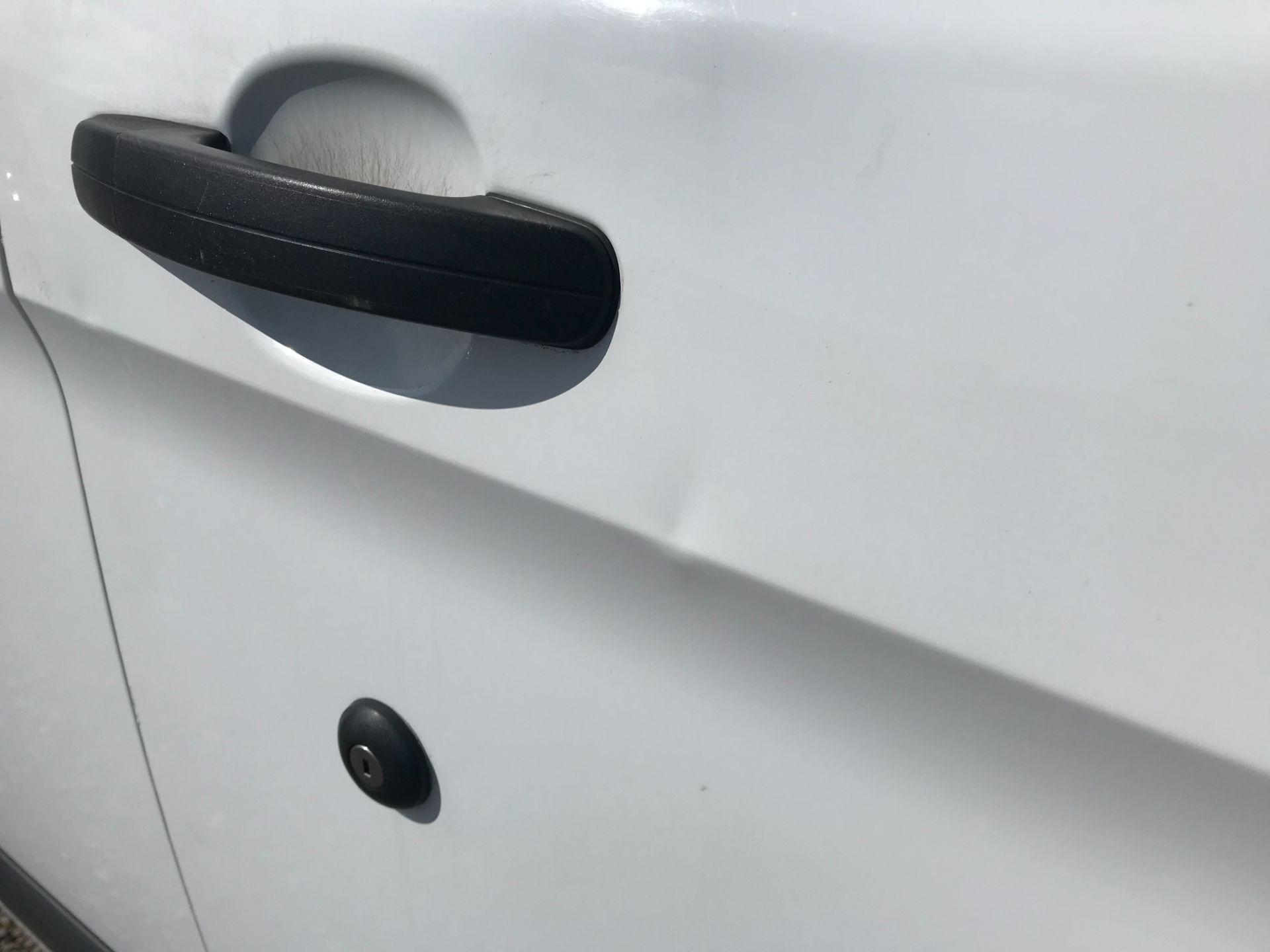 2017 Ford Transit Custom 2.0 Tdci 105Ps Low Roof Van (FP17VDE) Image 38