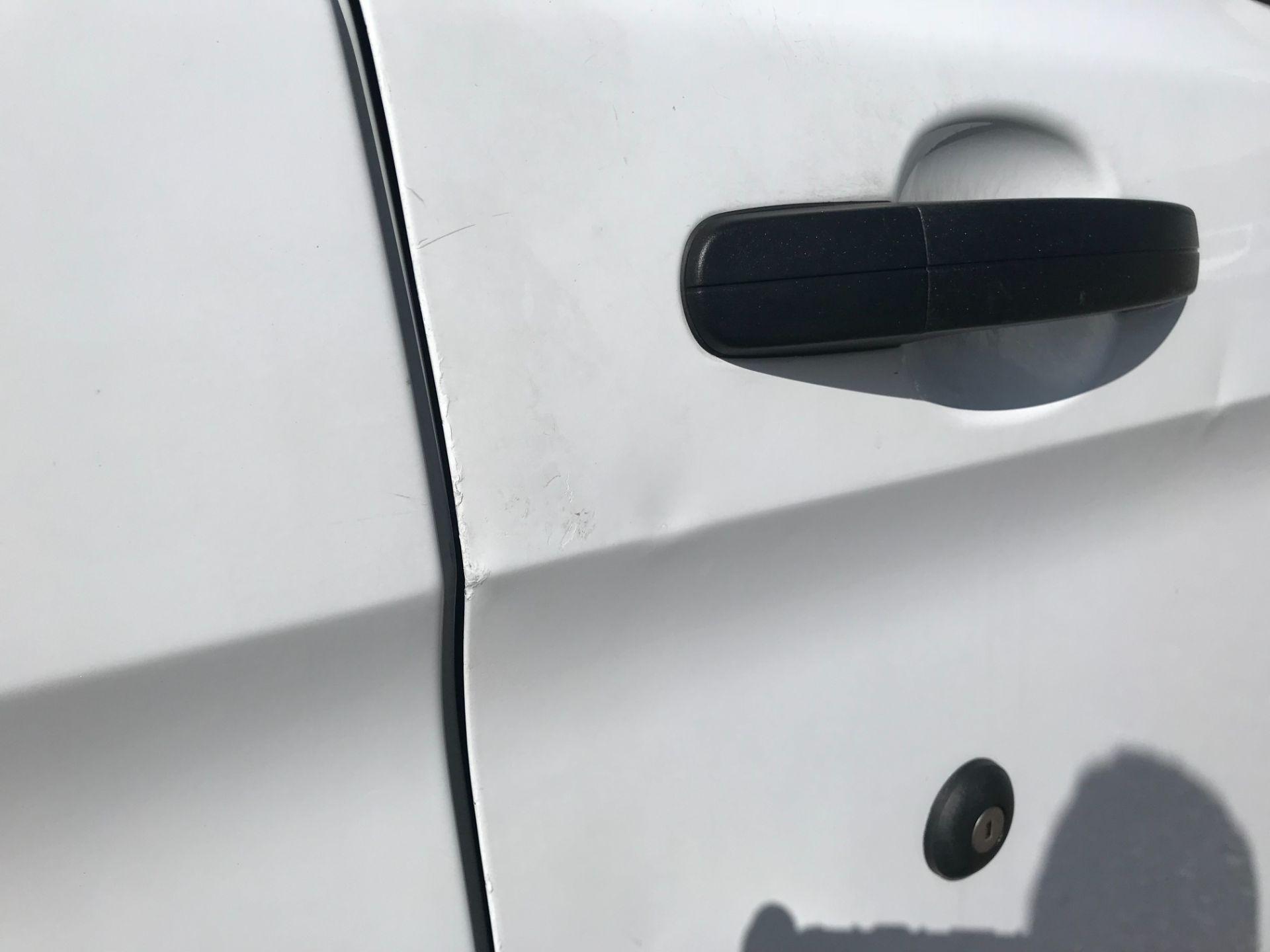 2017 Ford Transit Custom 2.0 Tdci 105Ps Low Roof Van (FP17VDE) Image 39