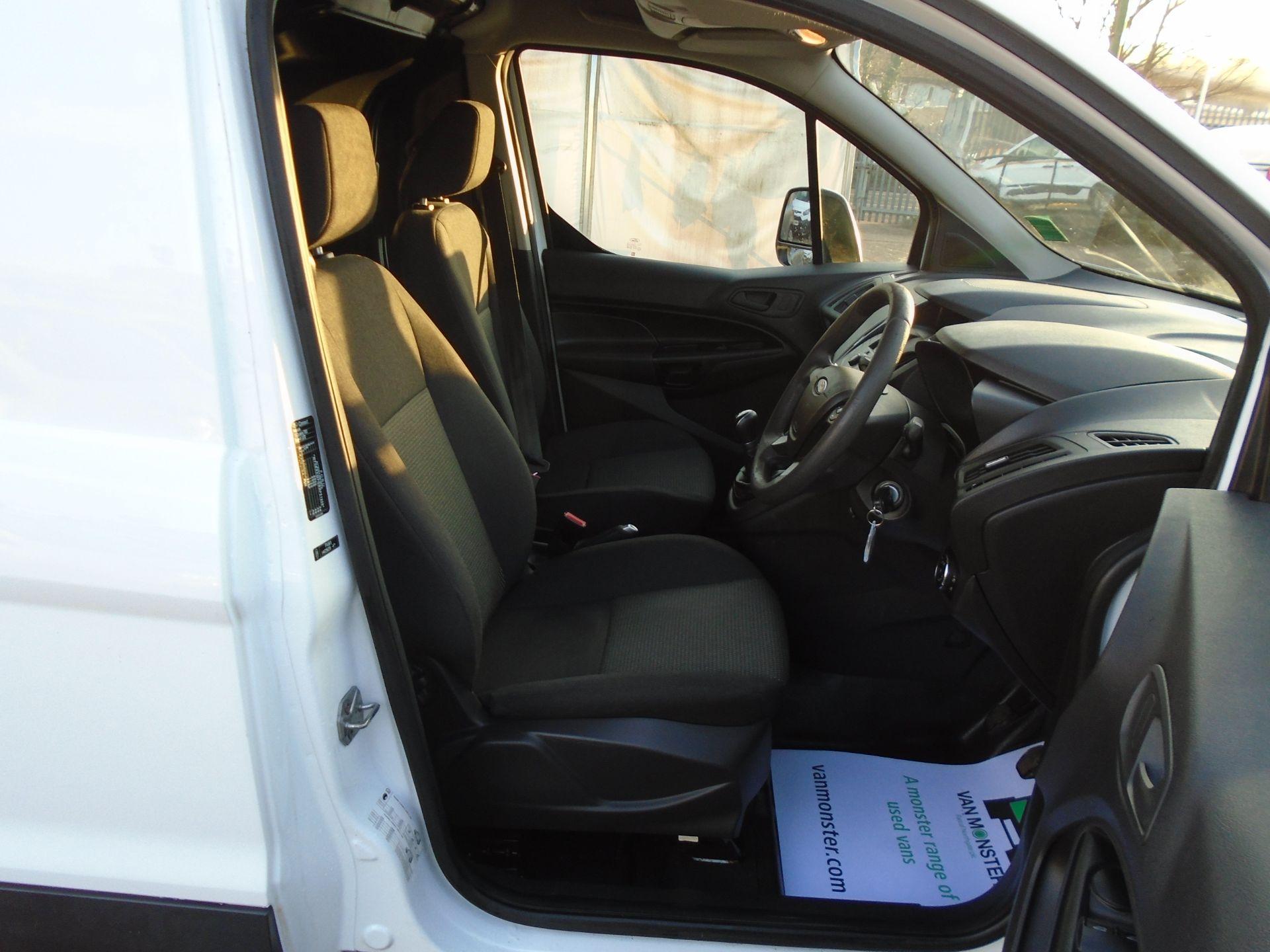 2017 Ford Transit Connect 1.5 Tdci 75Ps Van EURO 6 (FP17VEH) Image 17