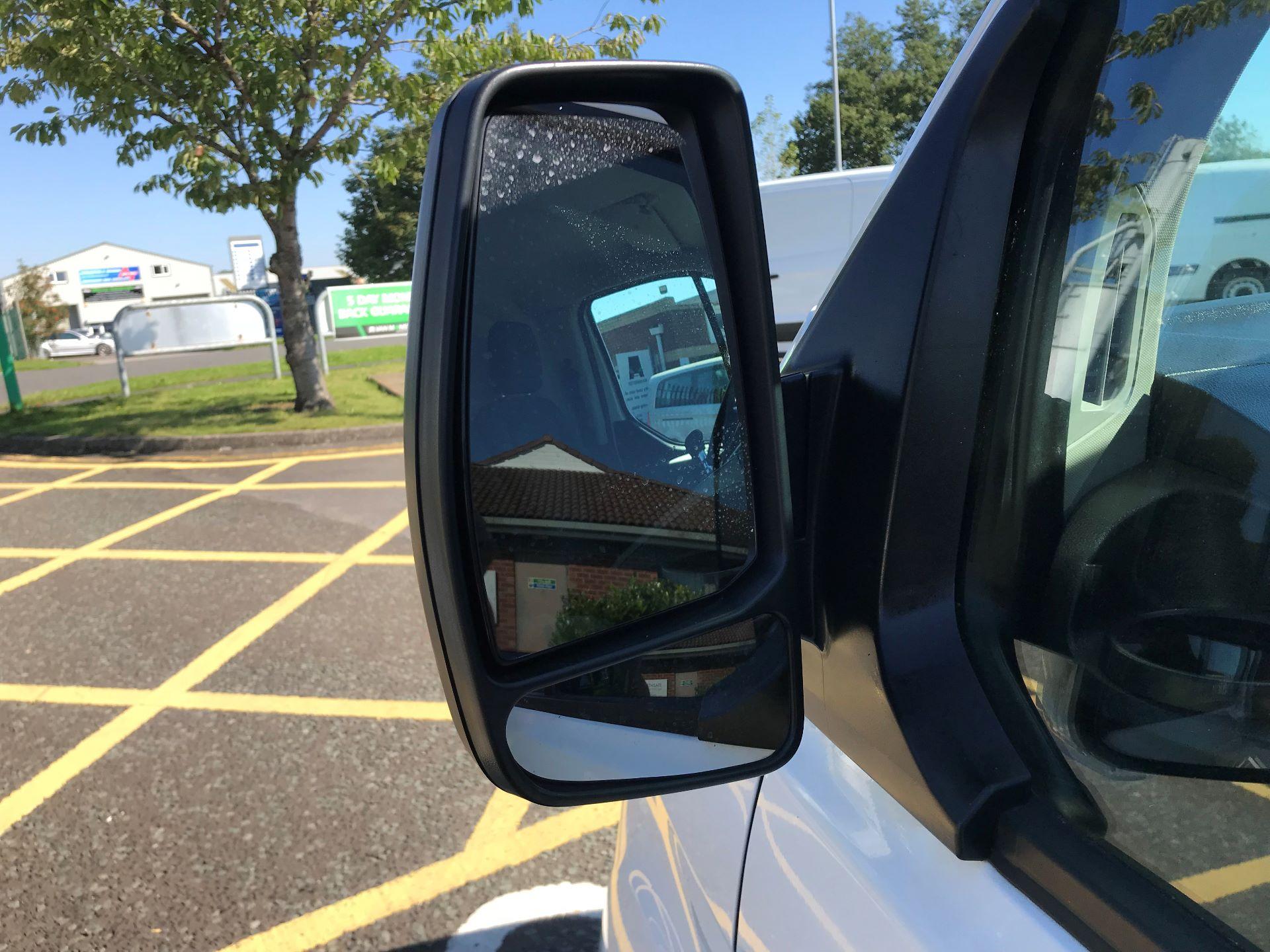2017 Ford Transit Custom 2.0 Tdci 105Ps Low Roof Van (FP17VEK) Image 15