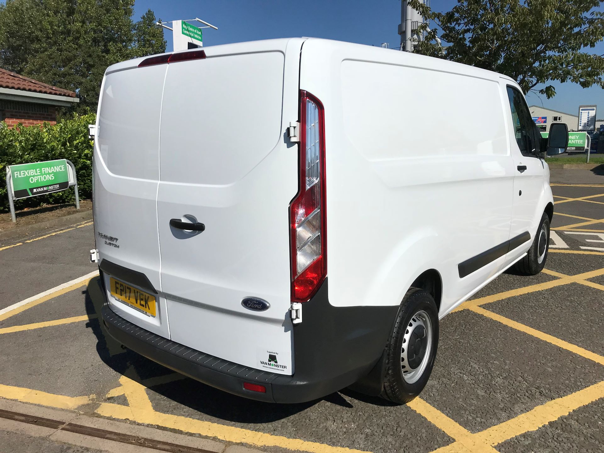 2017 Ford Transit Custom 2.0 Tdci 105Ps Low Roof Van (FP17VEK) Image 7