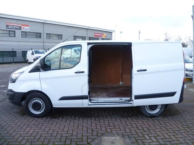 2017 Ford Transit Custom 290 L1 DIESEL FWD 2.2  TDCI 100PS LOW ROOF VAN EURO 6 (FP17VGD) Thumbnail 10