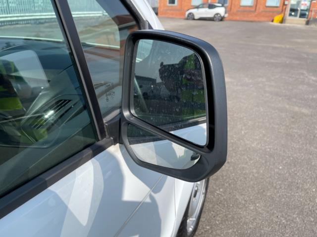 2017 Ford Transit Connect 1.5 Tdci 75Ps Van (FP17VGU) Image 10