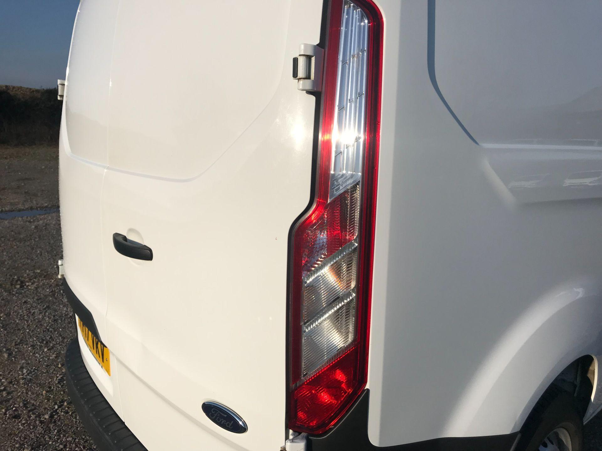 2017 Ford Transit Custom  290 L1 DIESEL FWD 2.0 TDCI 105PS LOW ROOF VAN EURO 6 (FP17VKV) Image 42