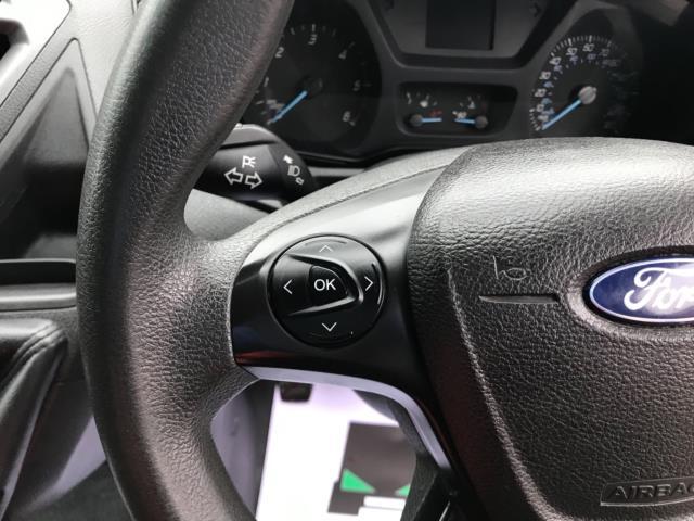 2017 Ford Transit Custom  290 L1 DIESEL FWD 2.0 TDCI 105PS LOW ROOF D/CAB VAN EURO 6 (FP17VNZ) Image 15