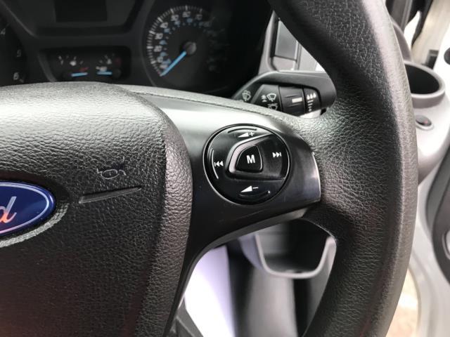 2017 Ford Transit Custom  290 L1 DIESEL FWD 2.0 TDCI 105PS LOW ROOF D/CAB VAN EURO 6 (FP17VNZ) Image 16