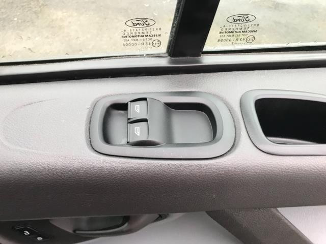 2017 Ford Transit Custom  290 L1 DIESEL FWD 2.0 TDCI 105PS LOW ROOF D/CAB VAN EURO 6 (FP17VNZ) Image 20