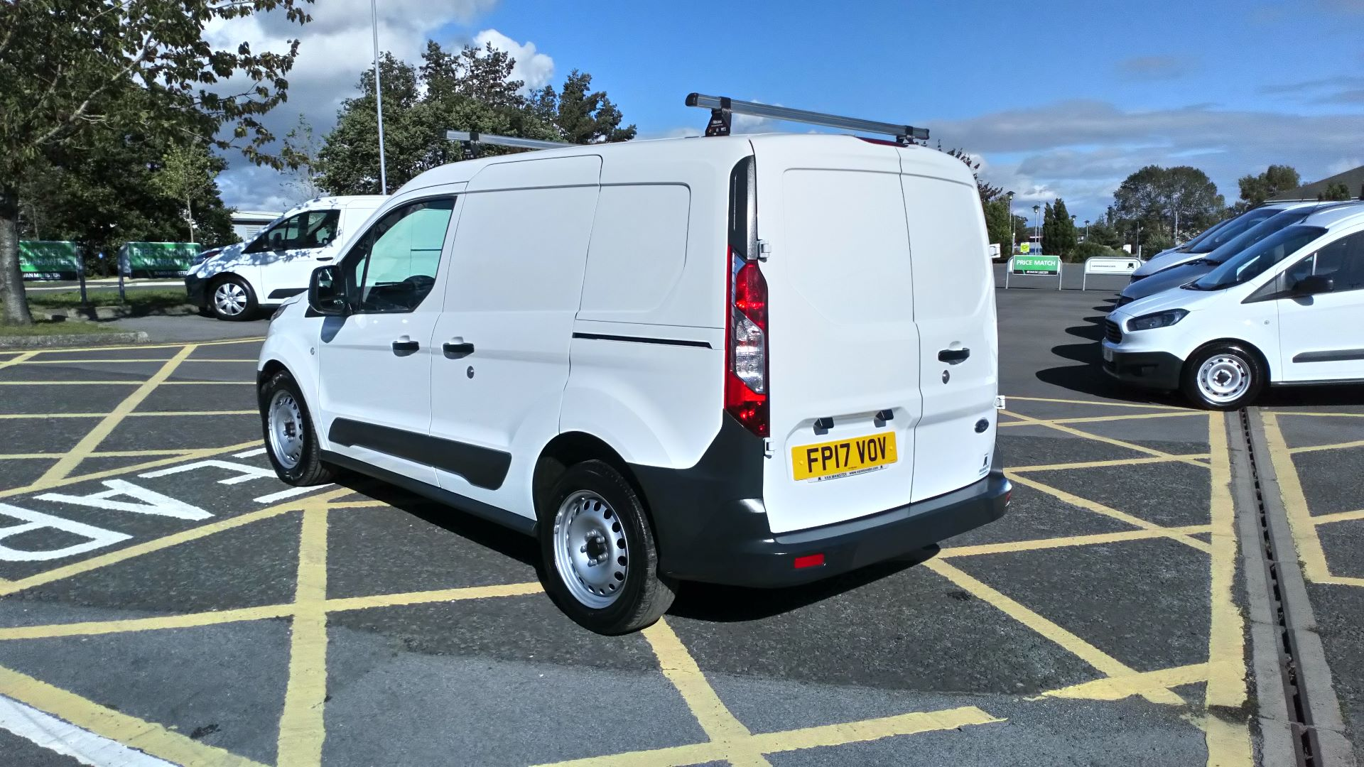 2017 Ford Transit Connect 1.5 Tdci 75Ps Van (FP17VOV) Image 5
