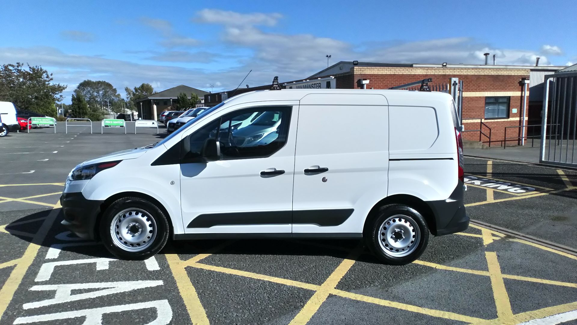 2017 Ford Transit Connect 1.5 Tdci 75Ps Van (FP17VOV) Image 4