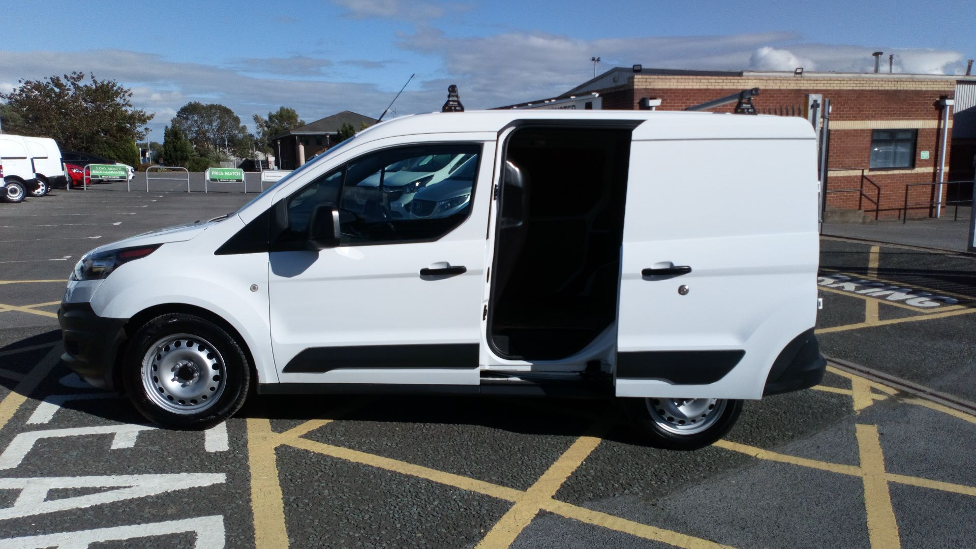2017 Ford Transit Connect 1.5 Tdci 75Ps Van (FP17VOV) Image 9