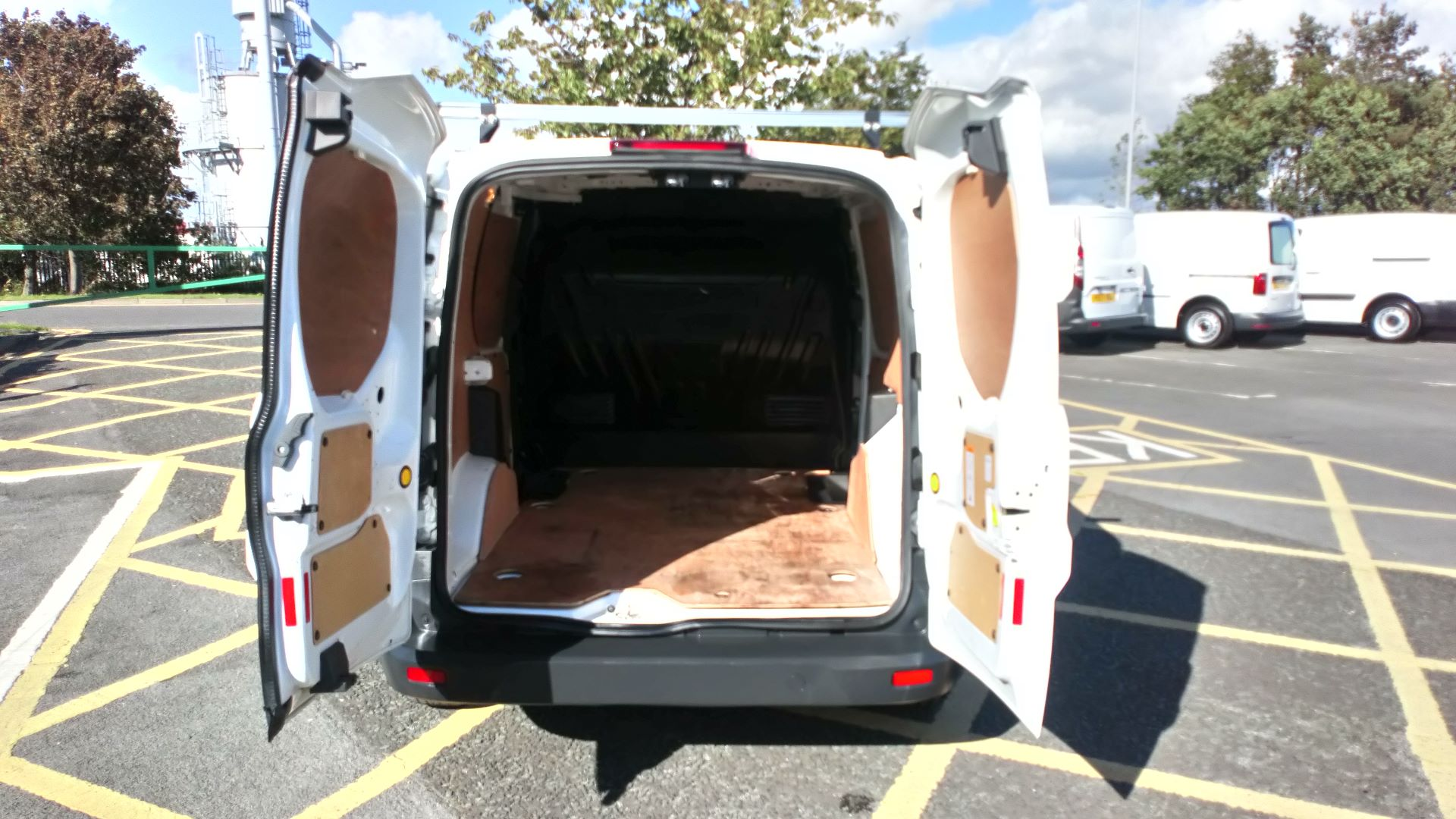 2017 Ford Transit Connect 1.5 Tdci 75Ps Van (FP17VOV) Image 10