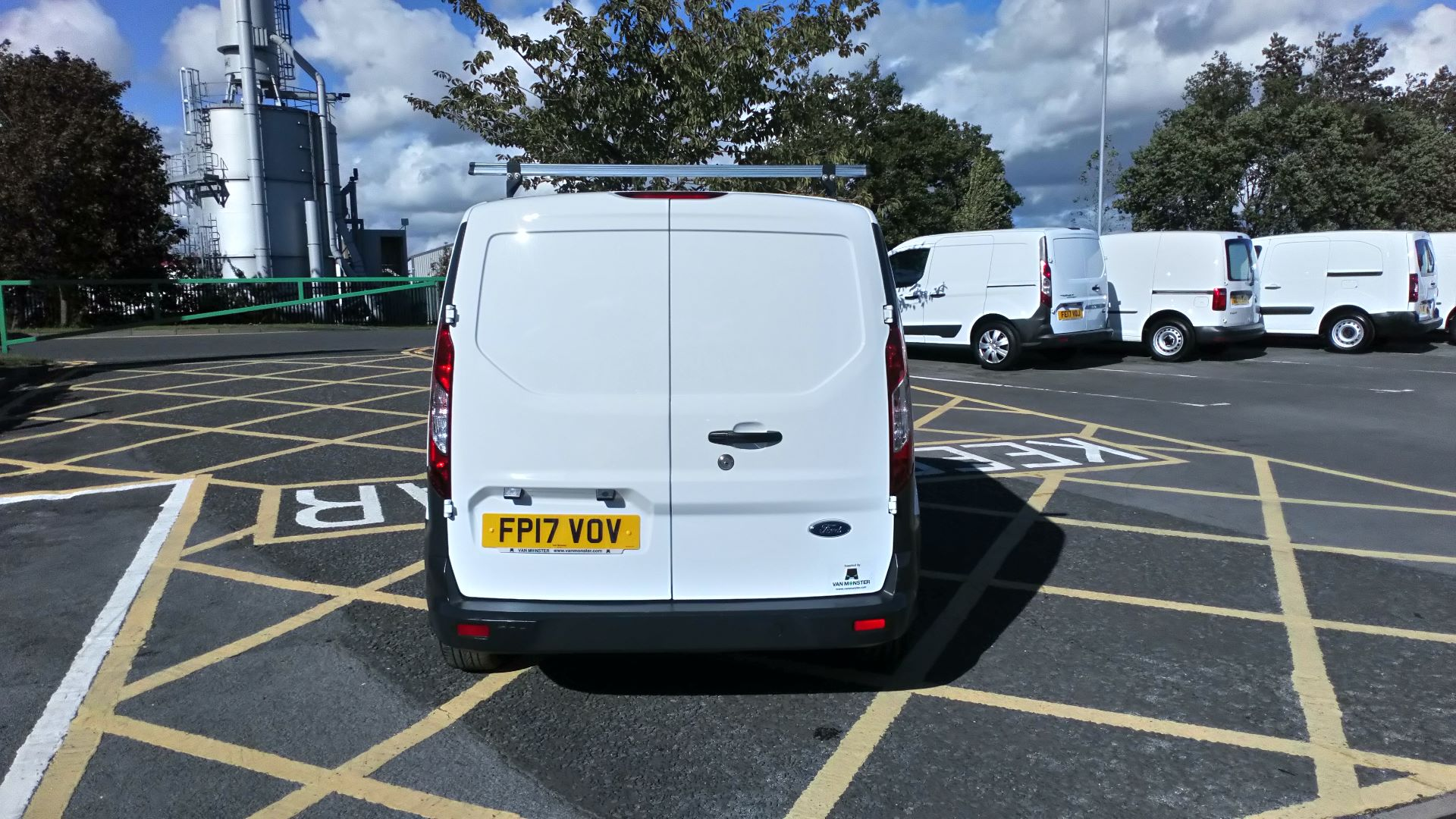 2017 Ford Transit Connect 1.5 Tdci 75Ps Van (FP17VOV) Image 6