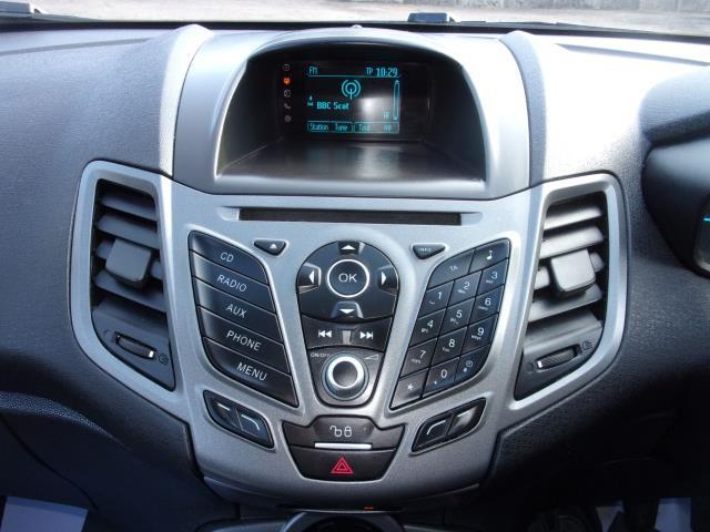 2017 Ford Fiesta 1.5 Tdci Van (FP17VPL) Image 3