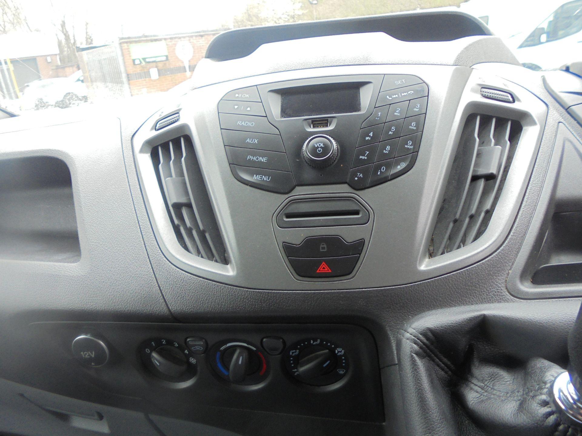 2017 Ford Transit Custom 2.0 Tdci 105Ps Low Roof Van (FP17VUH) Image 14