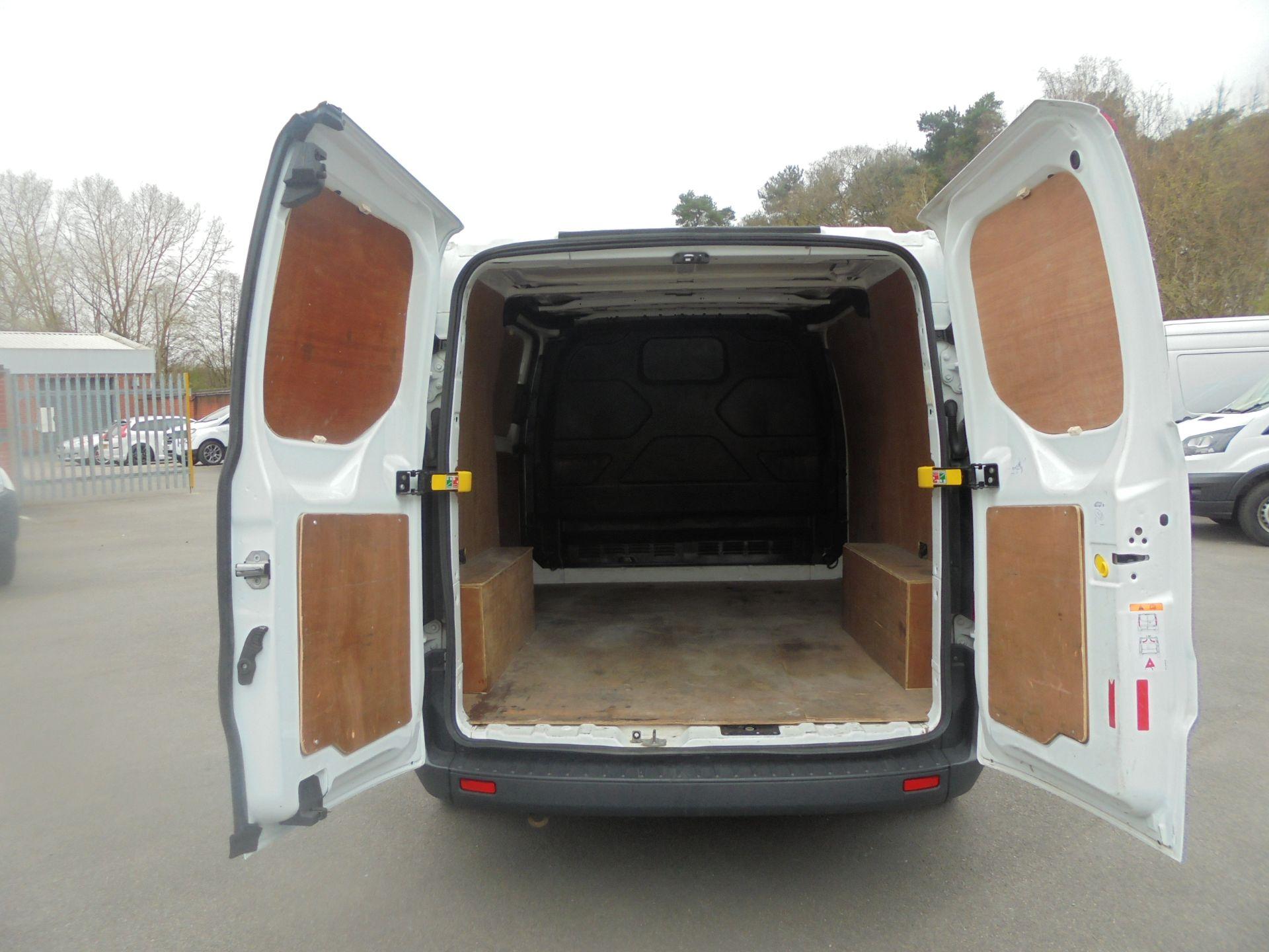 2017 Ford Transit Custom 2.0 Tdci 105Ps Low Roof Van (FP17VUH) Image 9