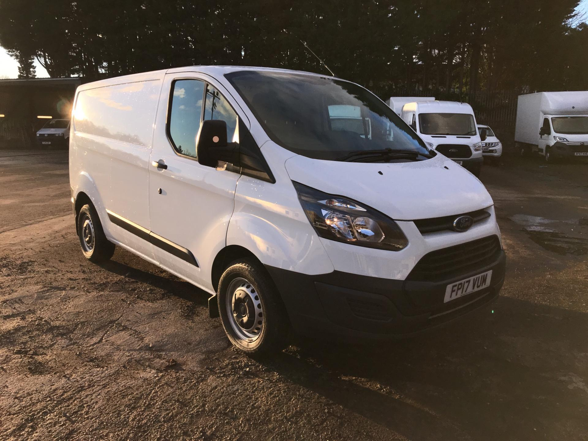 2017 Ford Transit Custom 290 L1 DIESEL FWD 2.0 TDCI 105PS LOW ROOF VAN EURO 6 (FP17VUM)