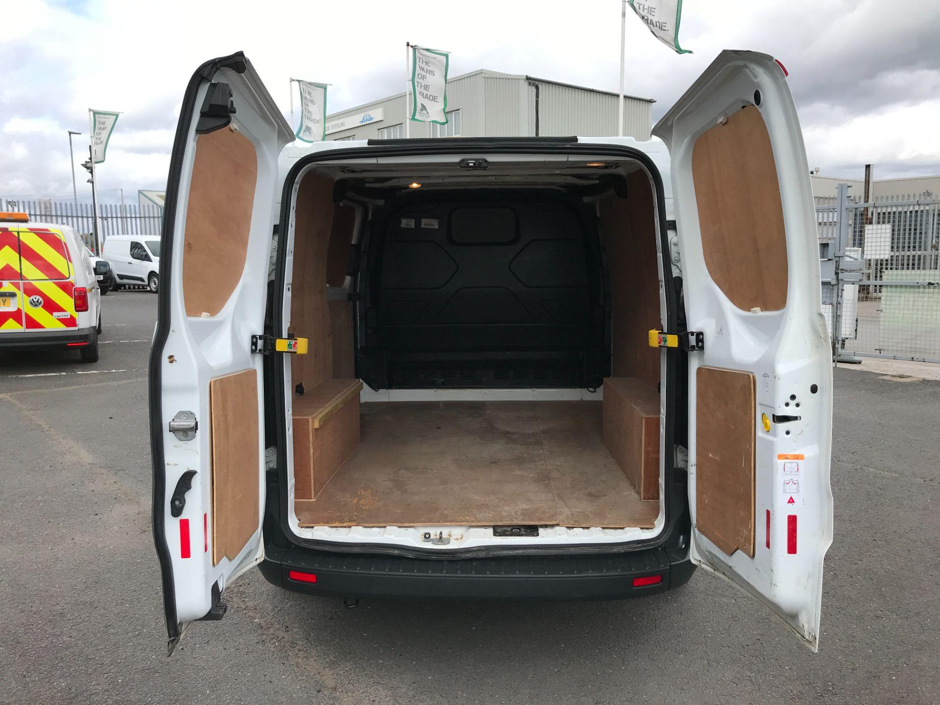 2017 Ford Transit Custom  290 L1 2.0TDCI 105PS LOW ROOF EURO 6 (FP17VUR) Image 16