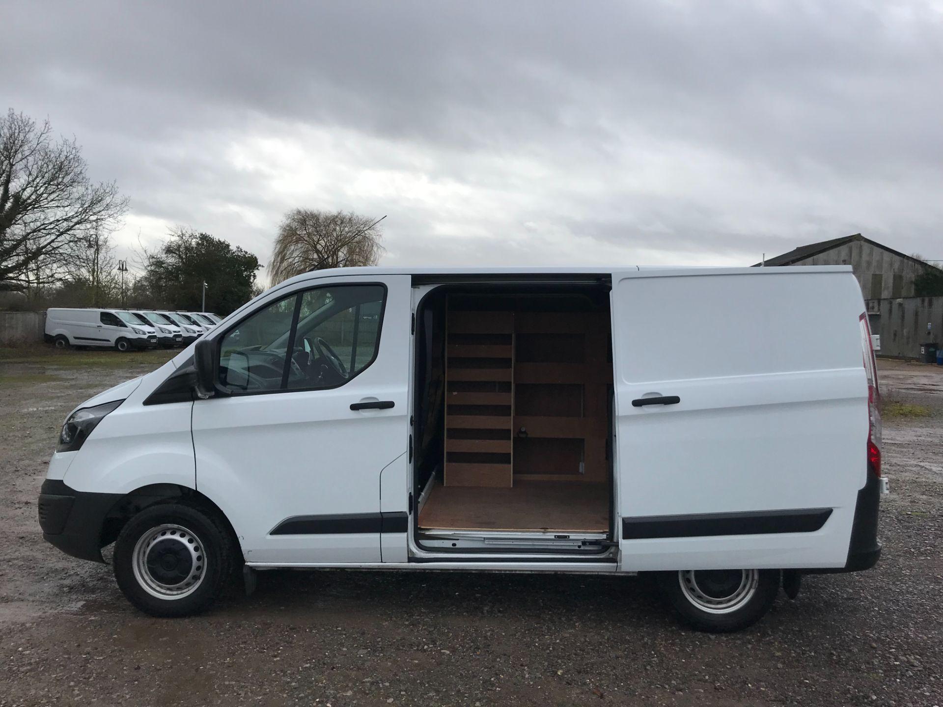 2018 Ford Transit Custom 2.0 Tdci 105Ps Low Roof Van Euro 6 (FP18AXJ) Image 9
