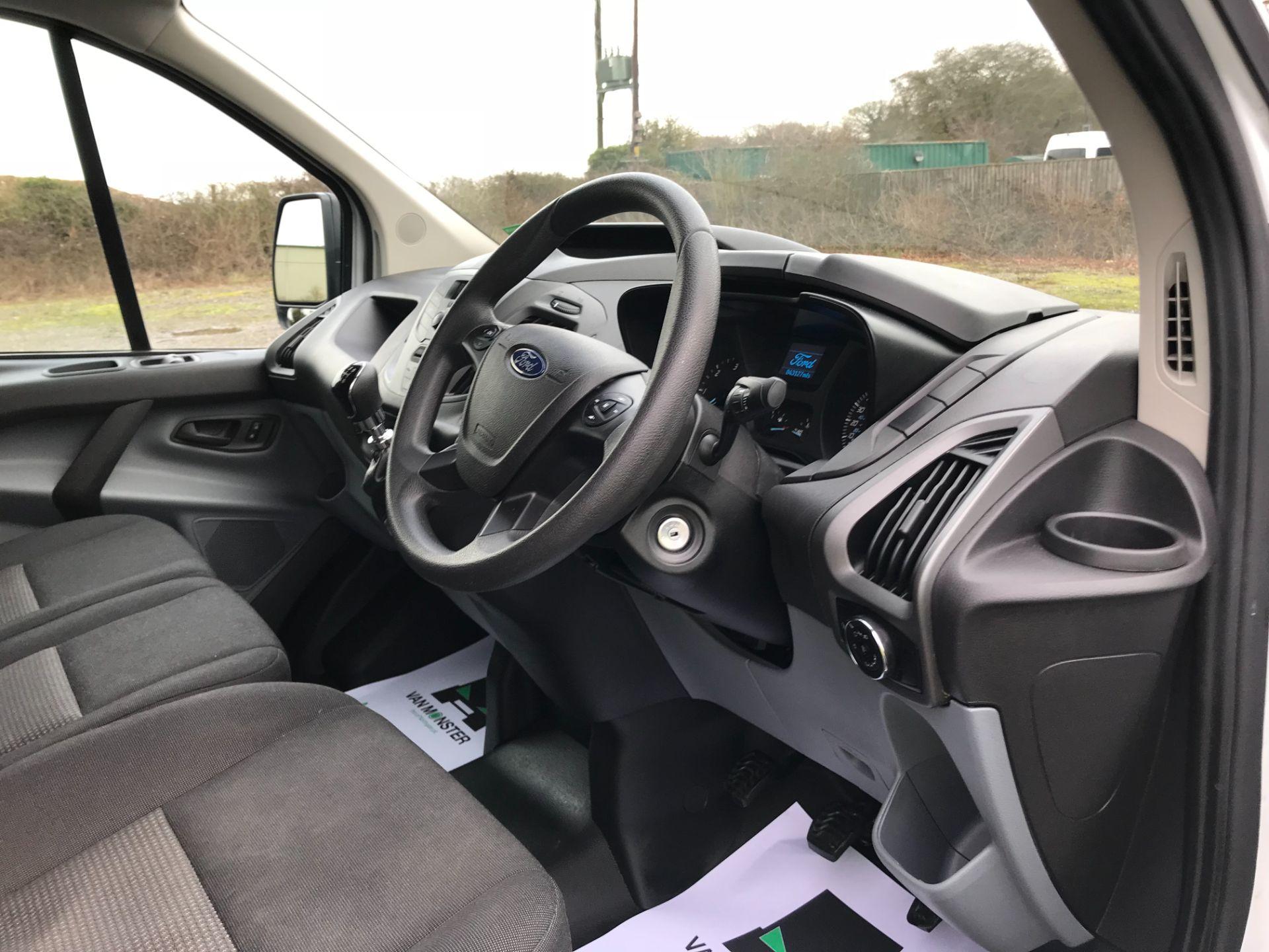2018 Ford Transit Custom 2.0 Tdci 105Ps Low Roof Van Euro 6 (FP18AXJ) Image 20