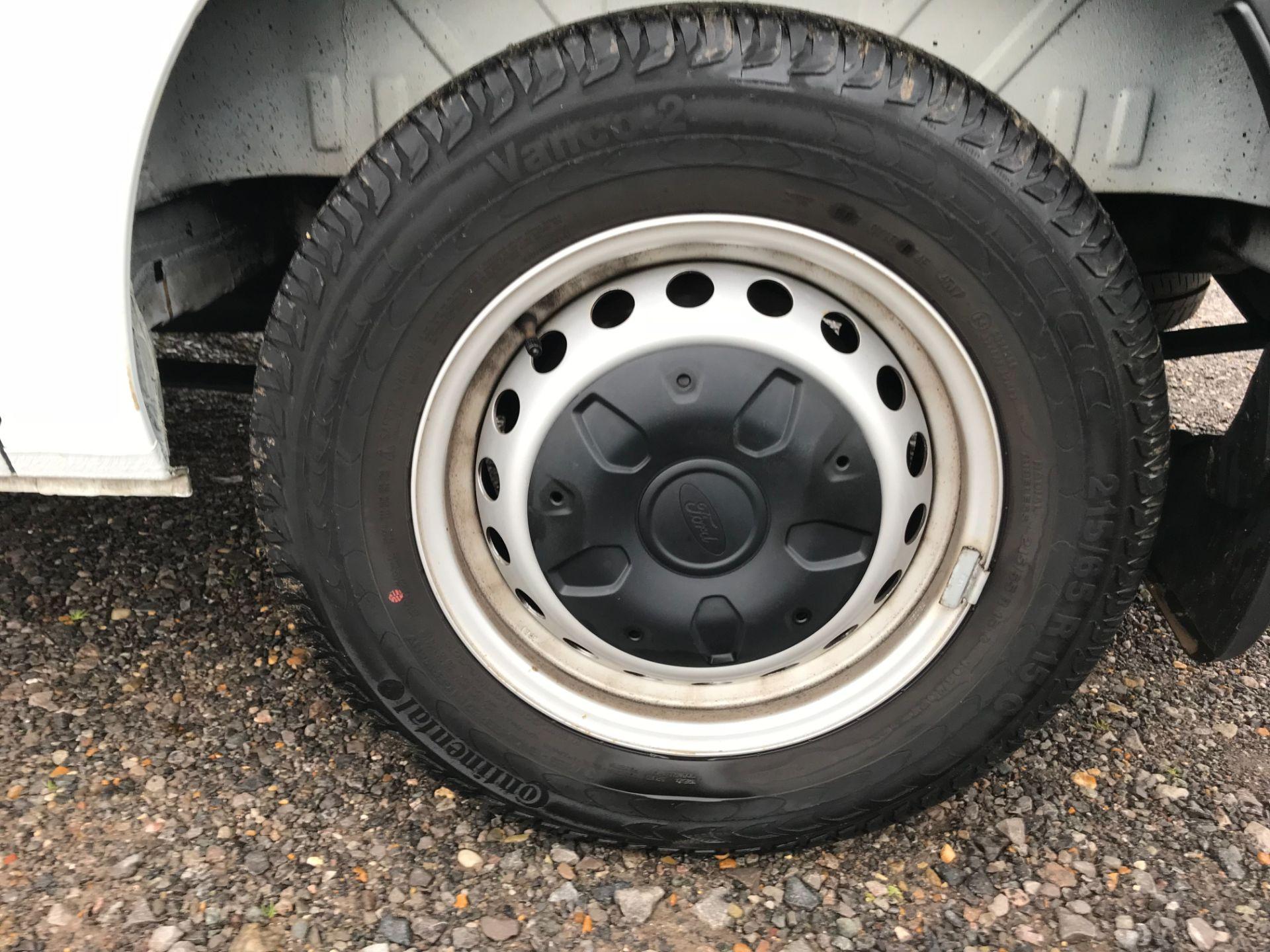 2018 Ford Transit Custom 2.0 Tdci 105Ps Low Roof Van Euro 6 (FP18AXJ) Image 38