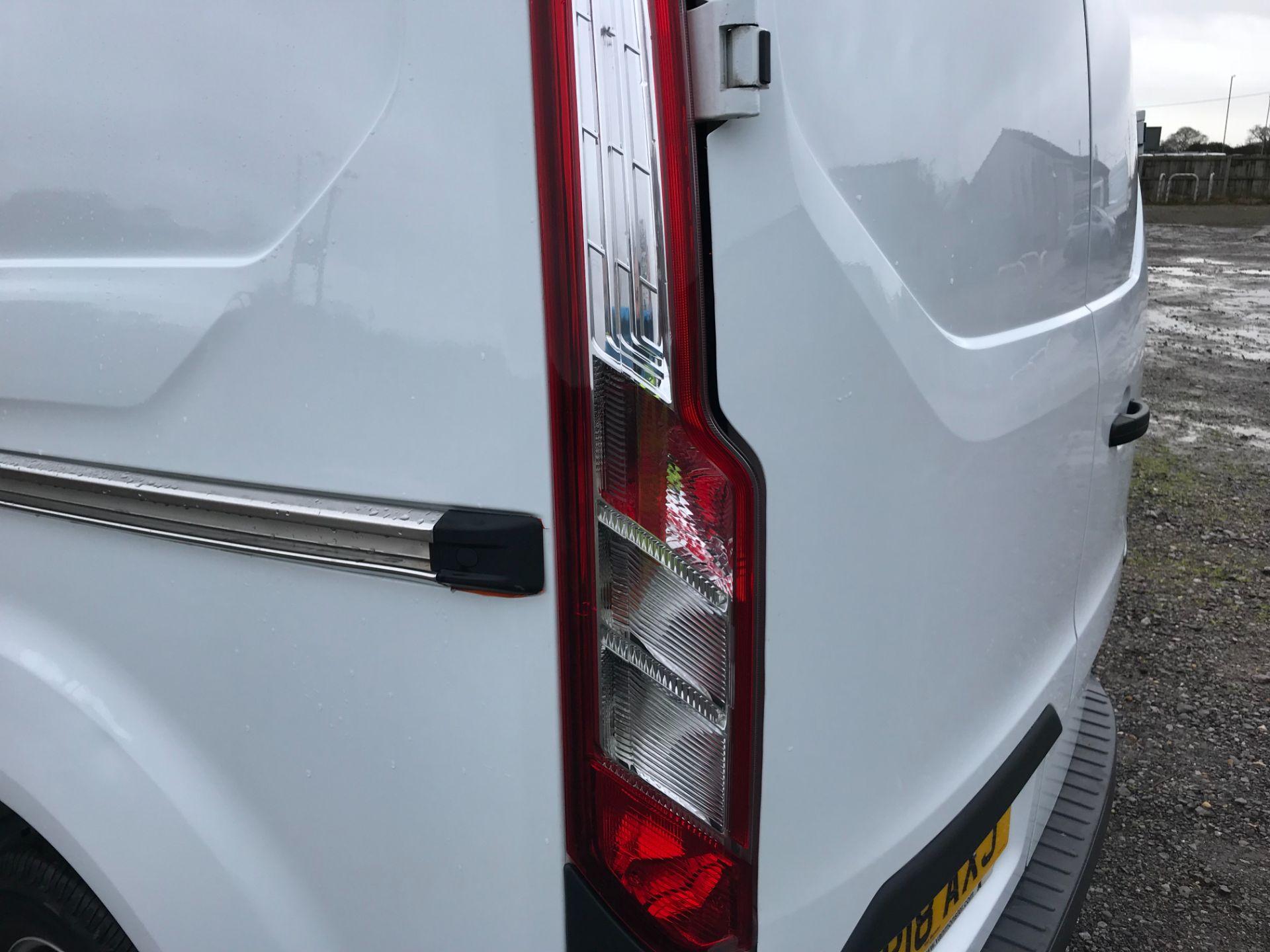 2018 Ford Transit Custom 2.0 Tdci 105Ps Low Roof Van Euro 6 (FP18AXJ) Image 39