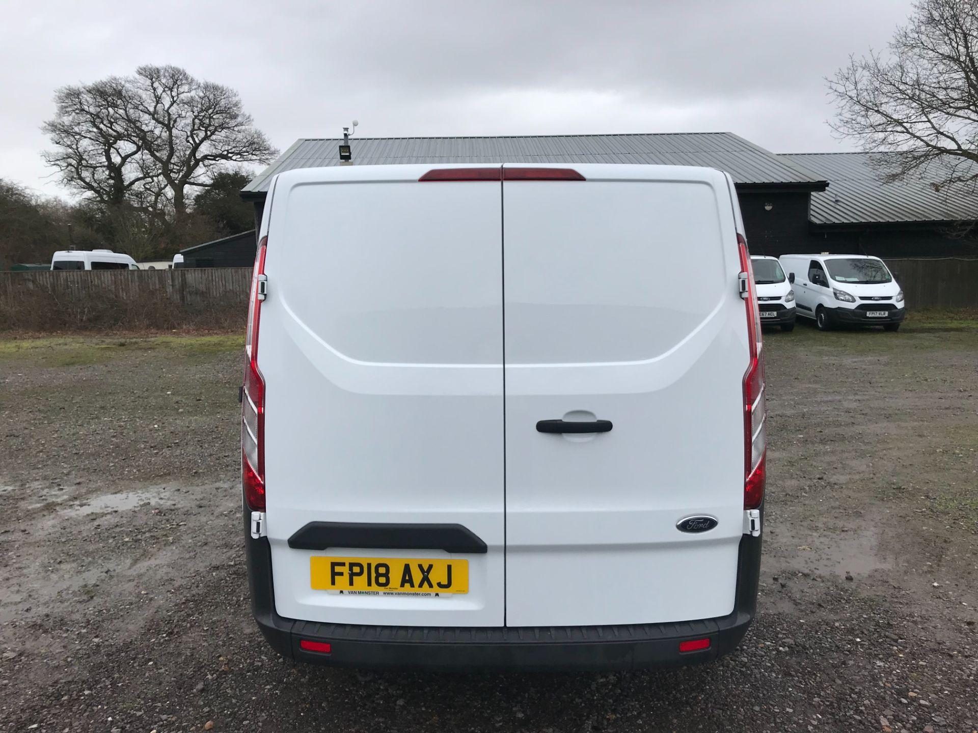 2018 Ford Transit Custom 2.0 Tdci 105Ps Low Roof Van Euro 6 (FP18AXJ) Image 5