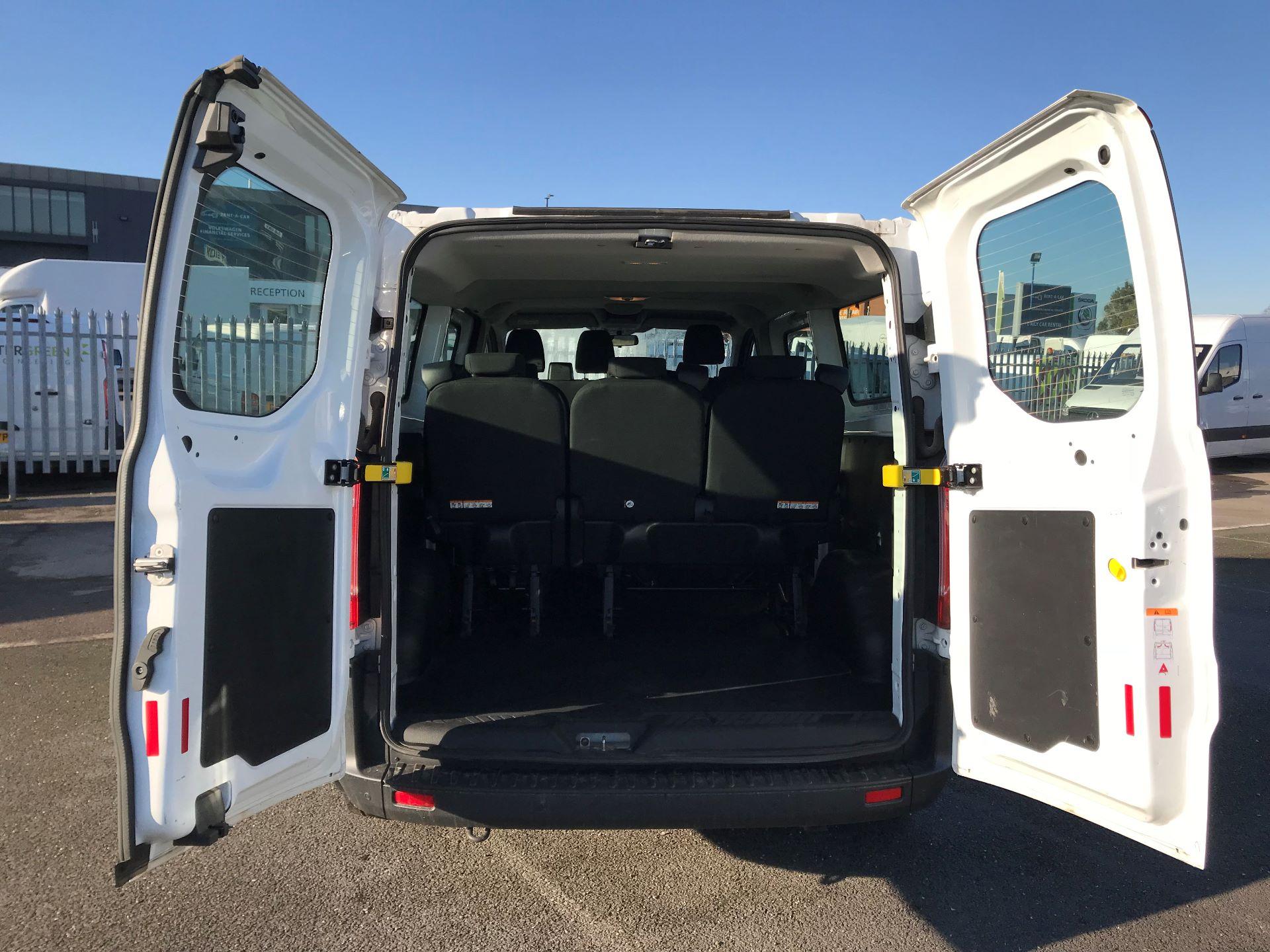 2018 Ford Transit Custom  2.0 TDCI 130PS L/R KOMBI EURO 6 (FP18BUW) Image 18