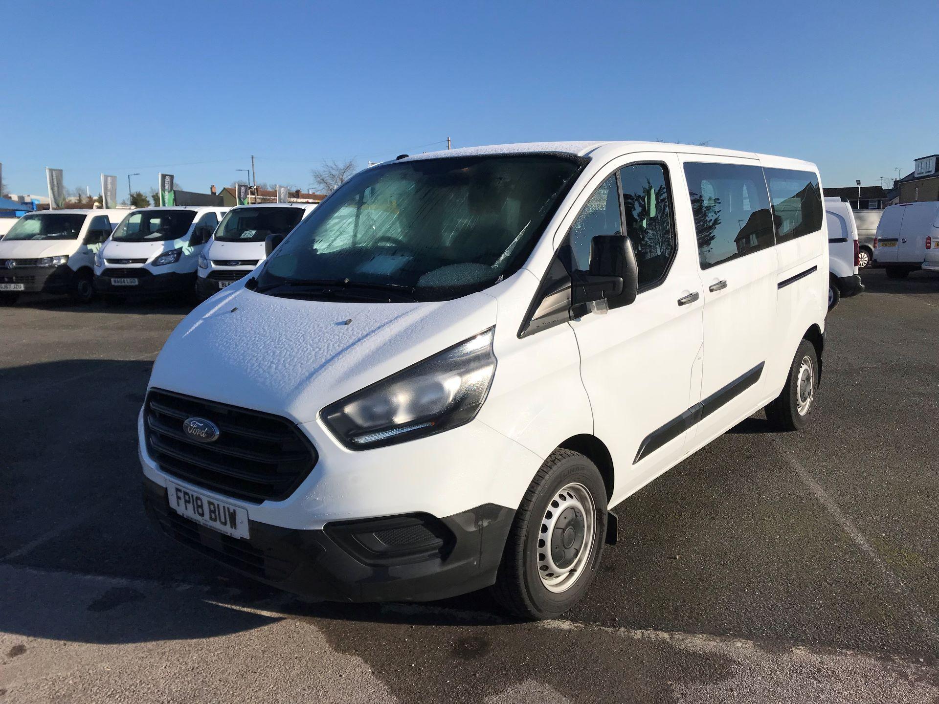 2018 Ford Transit Custom  2.0 TDCI 130PS L/R KOMBI EURO 6 (FP18BUW) Image 2