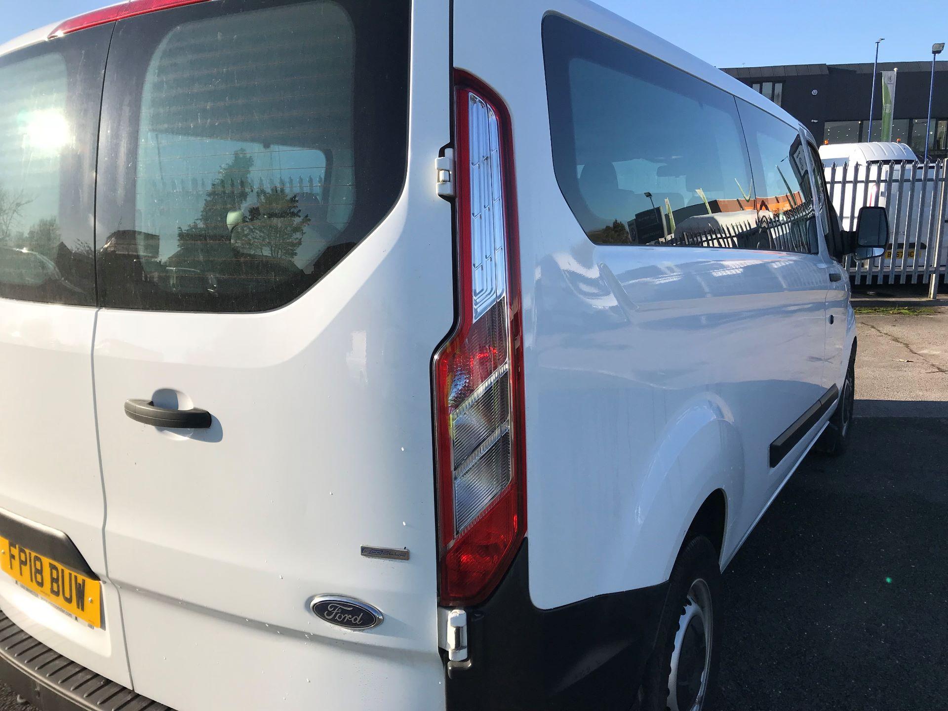 2018 Ford Transit Custom  2.0 TDCI 130PS L/R KOMBI EURO 6 (FP18BUW) Image 9