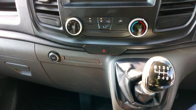 2018 Ford Transit Custom 2.0 Tdci 105Ps Low Roof Van (FP18BWK) Image 17