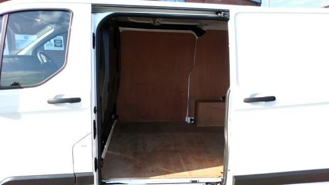 2018 Ford Transit Custom 2.0 Tdci 105Ps Low Roof Van (FP18BWK) Image 11