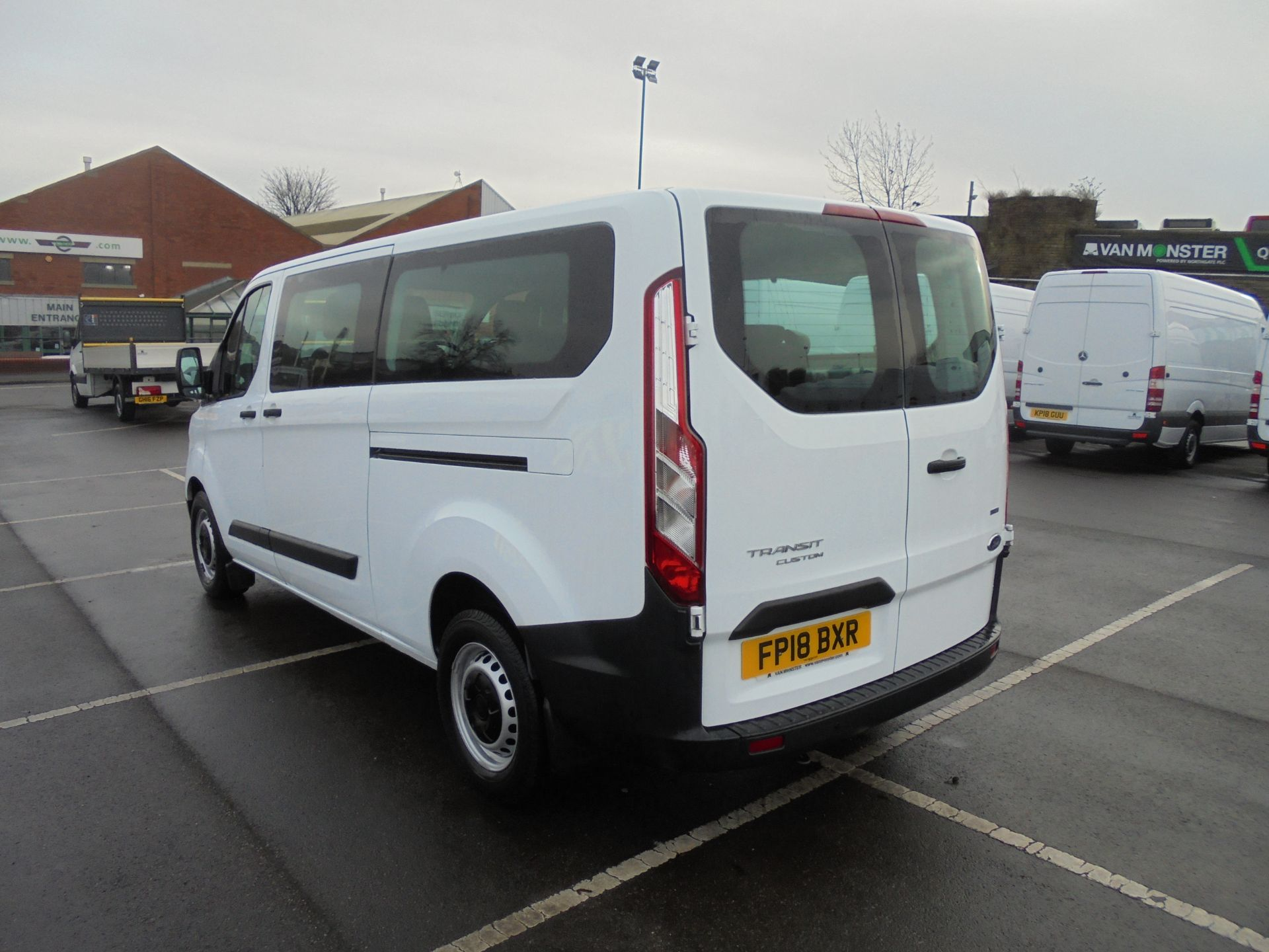 2018 Ford Transit Custom 320 2.0 Tdci 130Ps L2 H1 Low Roof Base 9 Seater Van  (FP18BXR) Image 5