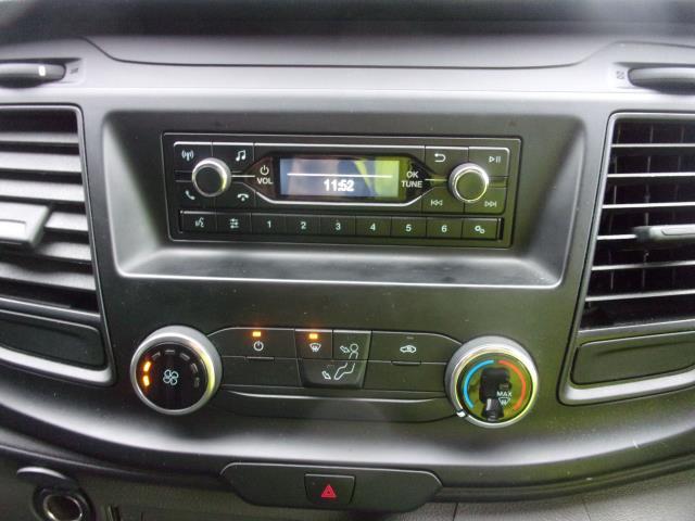 2018 Ford Transit Custom 300 L1 DIESEL FWD 2.0 TDCI 105PS LOW ROOF EURO 6 (FP18CKJ) Image 3