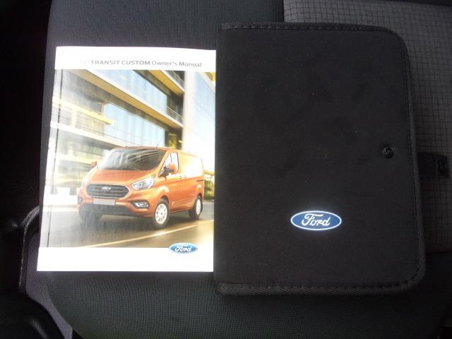 2018 Ford Transit Custom 300 L1 DIESEL FWD 2.0 TDCI 105PS LOW ROOF EURO 6 (FP18CKJ) Image 22
