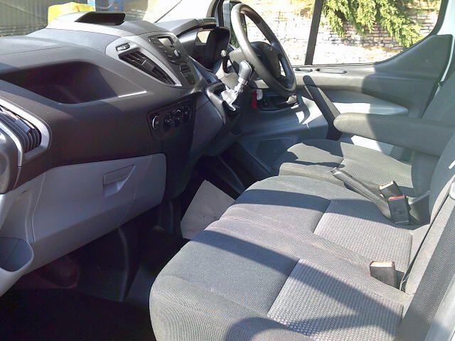 2018 Ford Transit Custom 290 2.0 Tdci 105Ps Low Roof Van (FP18CWE) Image 13