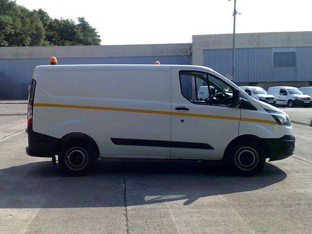 2018 Ford Transit Custom 290 2.0 Tdci 105Ps Low Roof Van (FP18CWE) Image 8