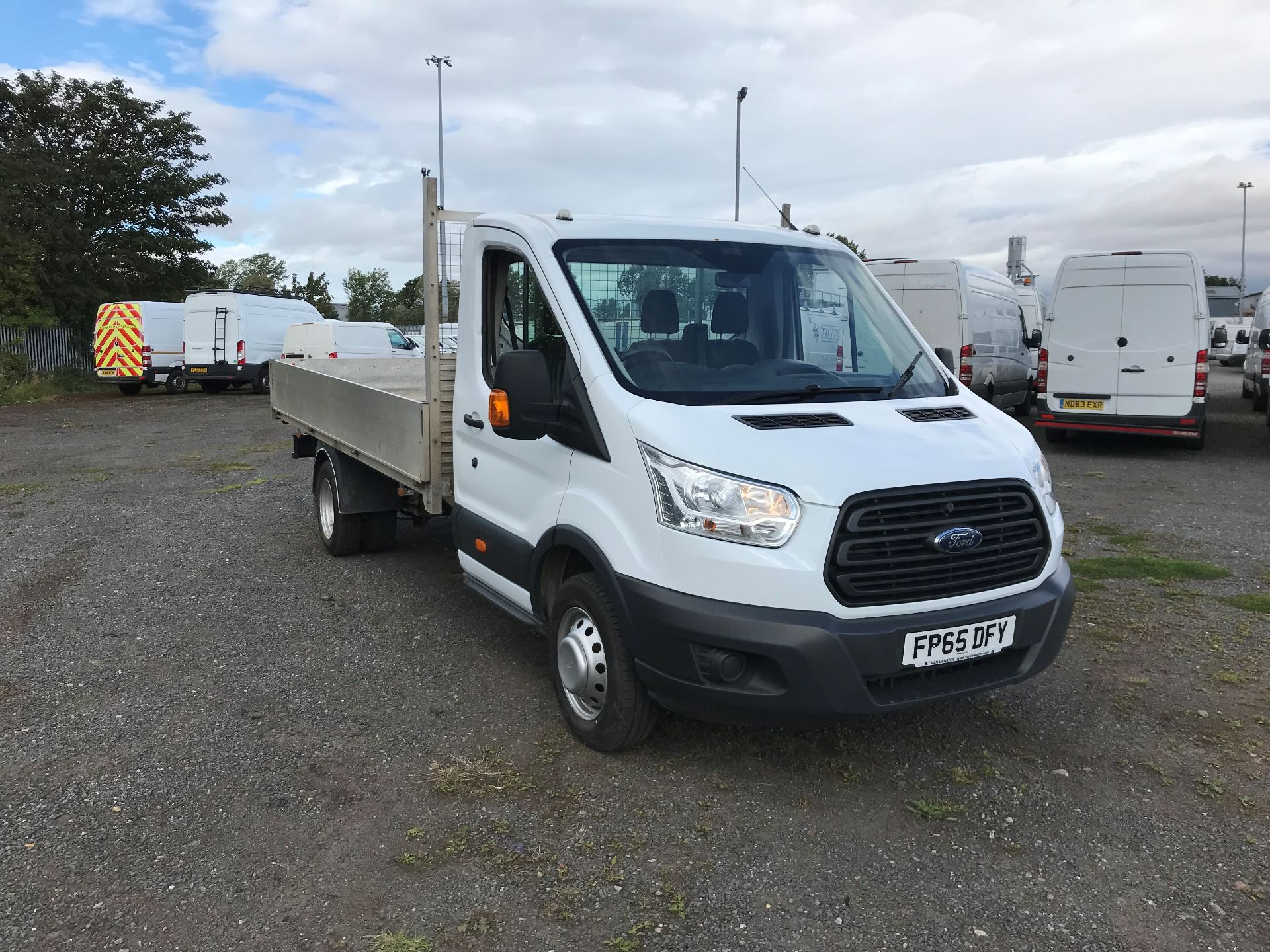 2016 Ford Transit 2.2 Tdci 125Ps Chassis Cab  *VALUE RANGE VEHICLE CONDITION REFLECTED IN PRICE* (FP65DFY)