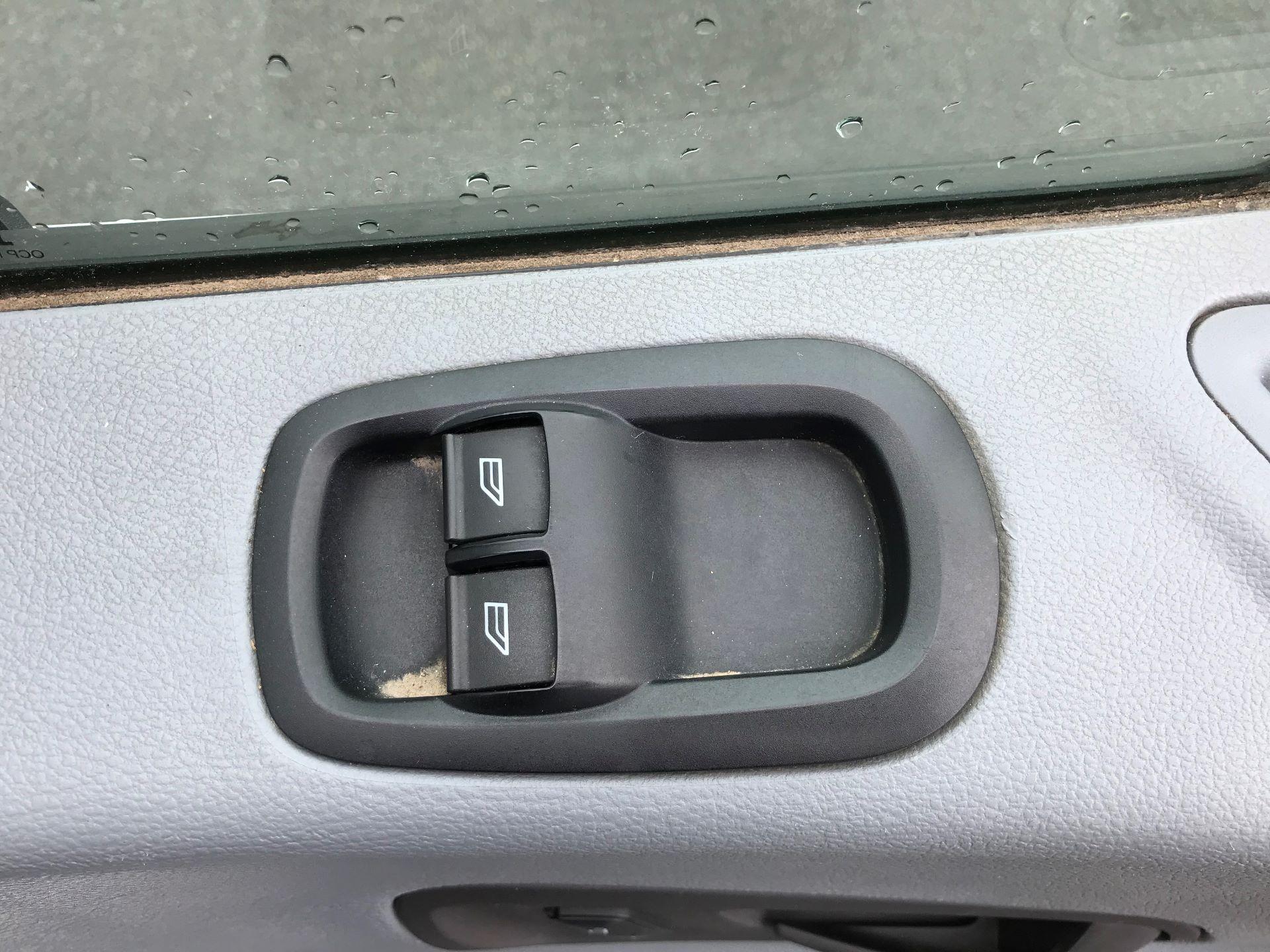 2015 Ford Transit  350 L2 SINGLE CAB TIPPER 100PS EURO 5 (FP65DHL) Image 18