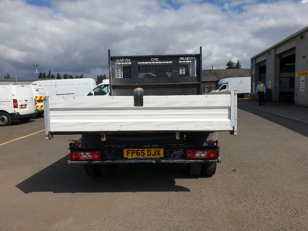 2015 Ford Transit 350 L3 DOUBLE CAB TIPPER 125PS EURO 5 *VALUE RANGE VEHICLE CONDITION REFLECTED IN PRICE*  (FP65DJX) Image 8