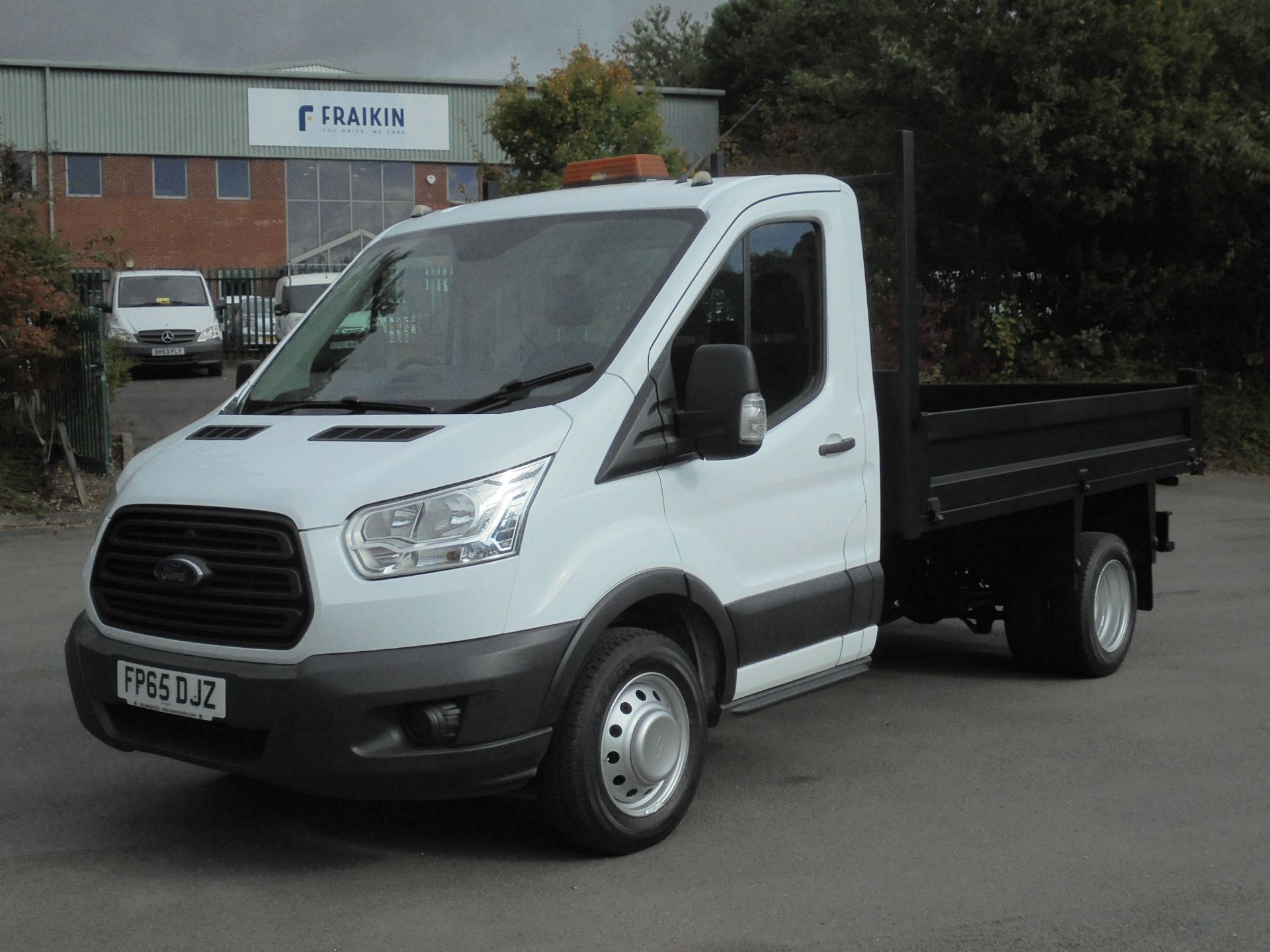 2015 Ford Transit 2.2 Tdci 125Ps Chassis Cab Tipper (FP65DJZ) Image 3