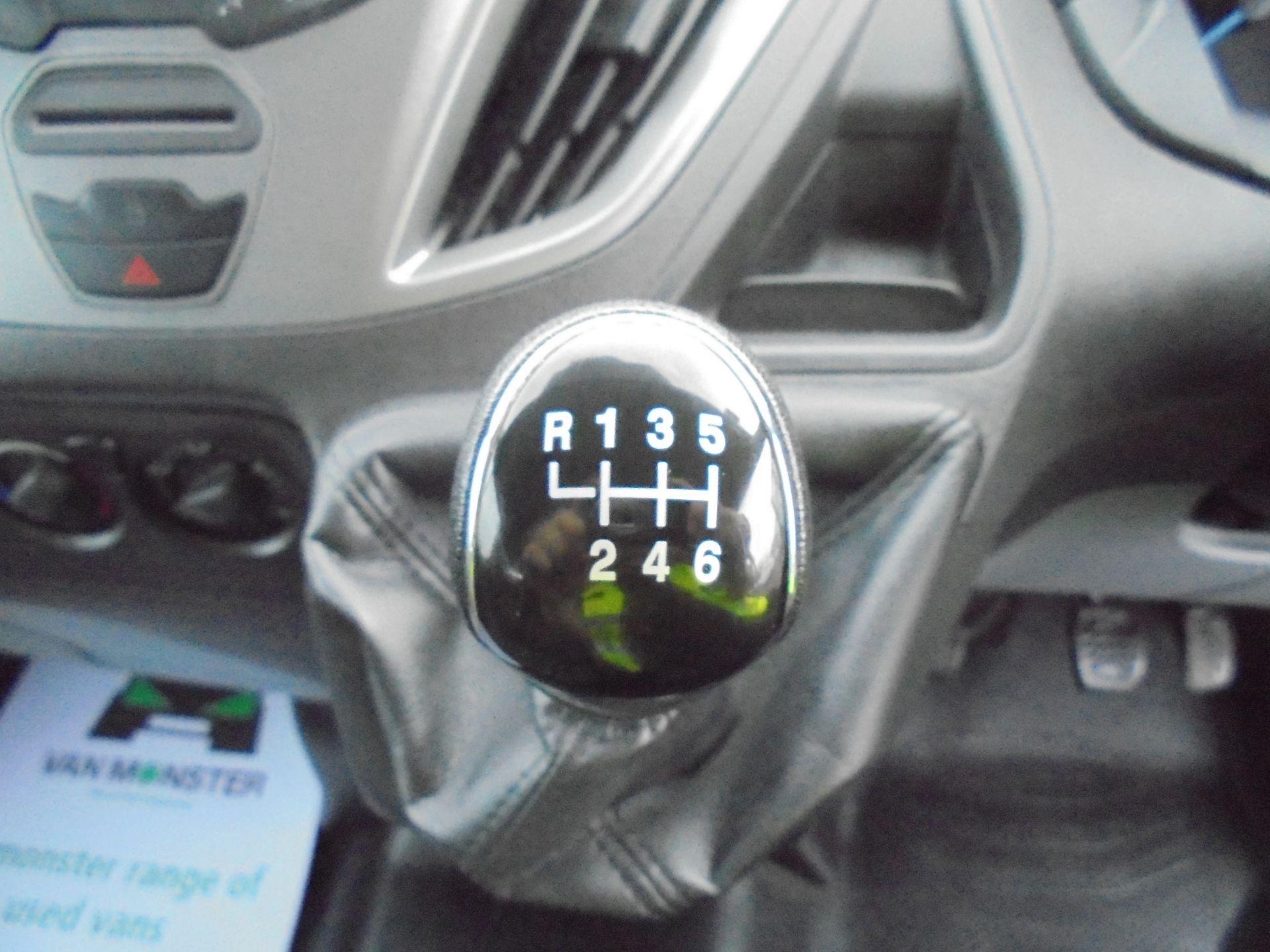 2017 Ford Transit Custom 2.0 Tdci 105Ps L1 H1 D/Cab Van (FP67HYH) Image 20
