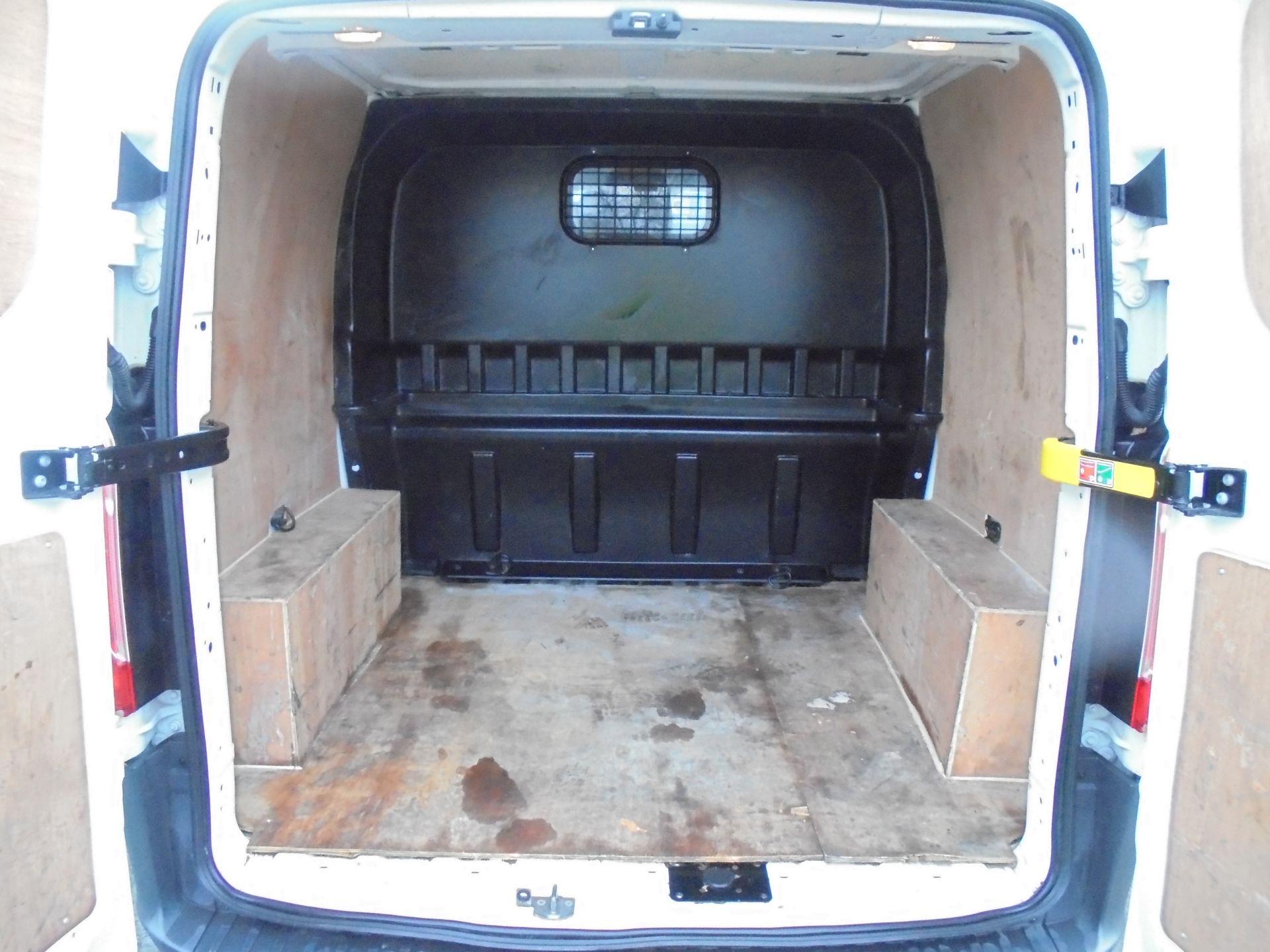 2017 Ford Transit Custom 2.0 Tdci 105Ps L1 H1 D/Cab Van (FP67HYH) Image 27