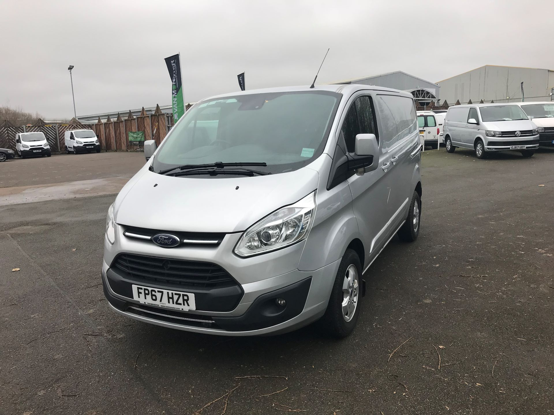 2017 Ford Transit Custom 2.0 TDCI 130PS LOW ROOF LIMITED VAN EURO 6 (FP67HZR) Image 2