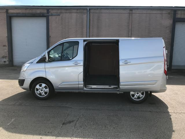 2017 Ford Transit Custom  290 L1 2.0TDCI 130PS LOW ROOF LIMITED EURO 6 (FP67JCZ) Image 10
