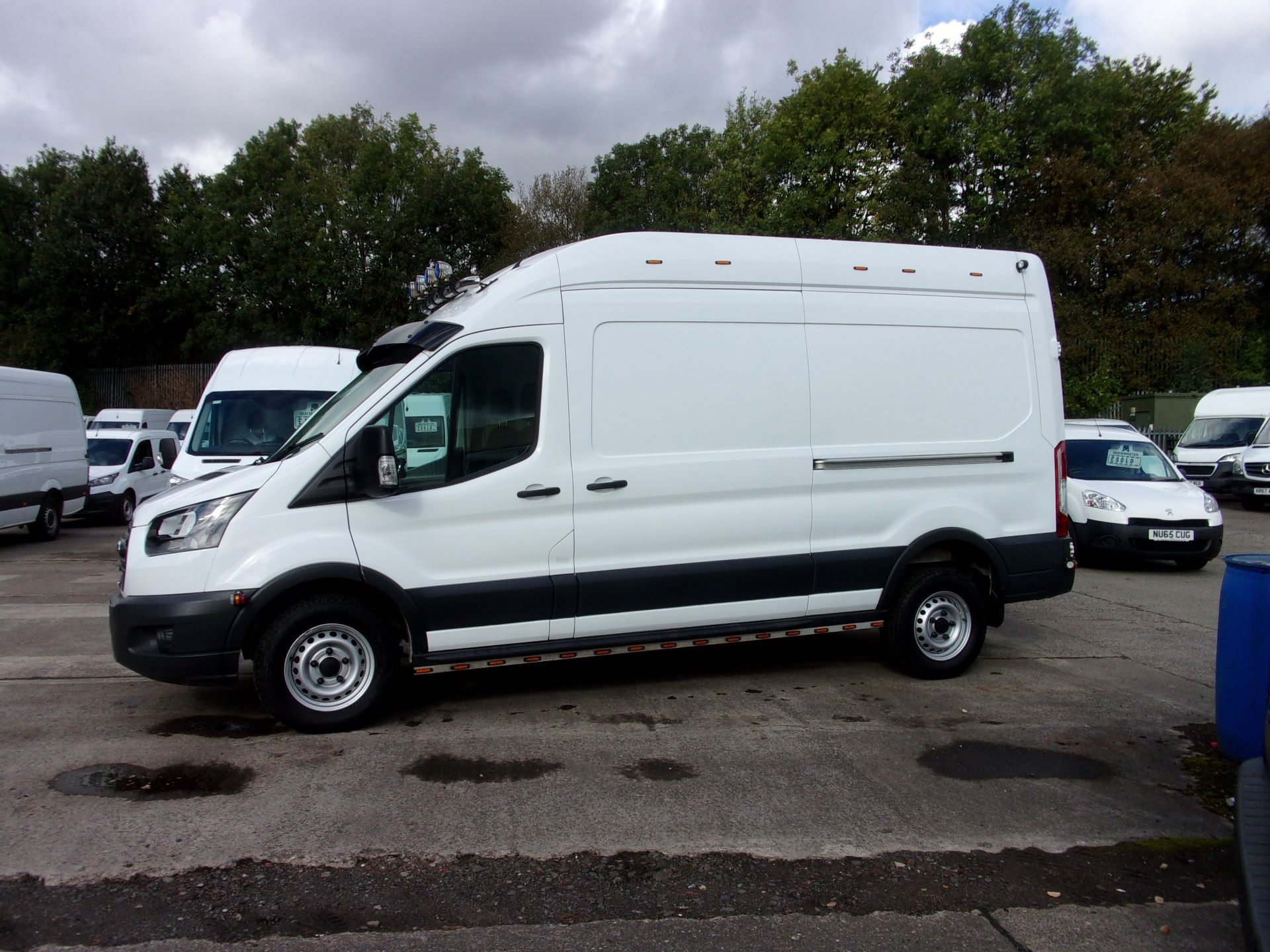 2017 Ford Transit 350 L3 H3 130PS VAN EURO 6 (FP67JDF) Image 12