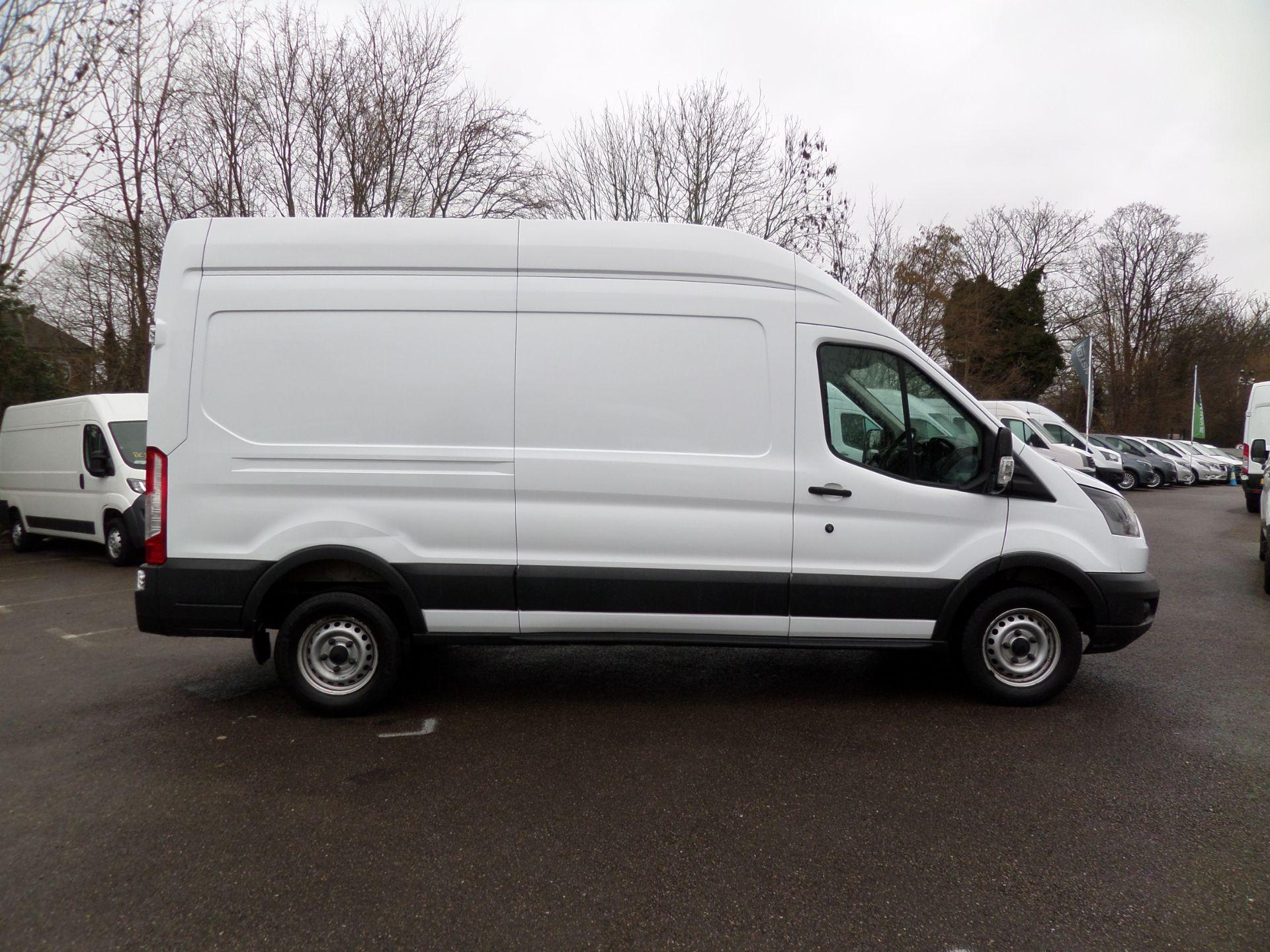 2017 Ford Transit 2.0 Tdci 130Ps H3 Van Euro 6 (FP67JDU) Image 2