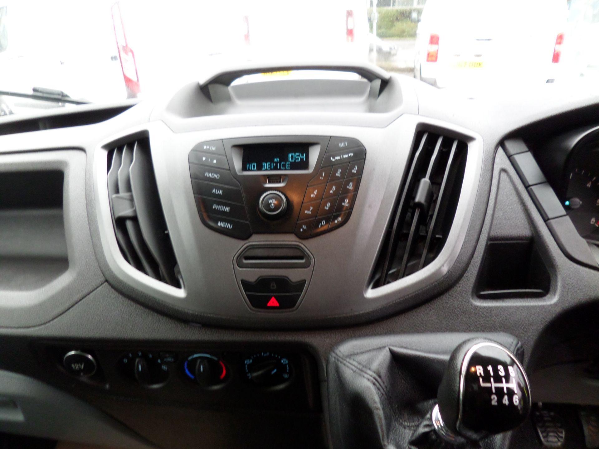 2017 Ford Transit 2.0 Tdci 130Ps H3 Van Euro 6 (FP67JDU) Image 12