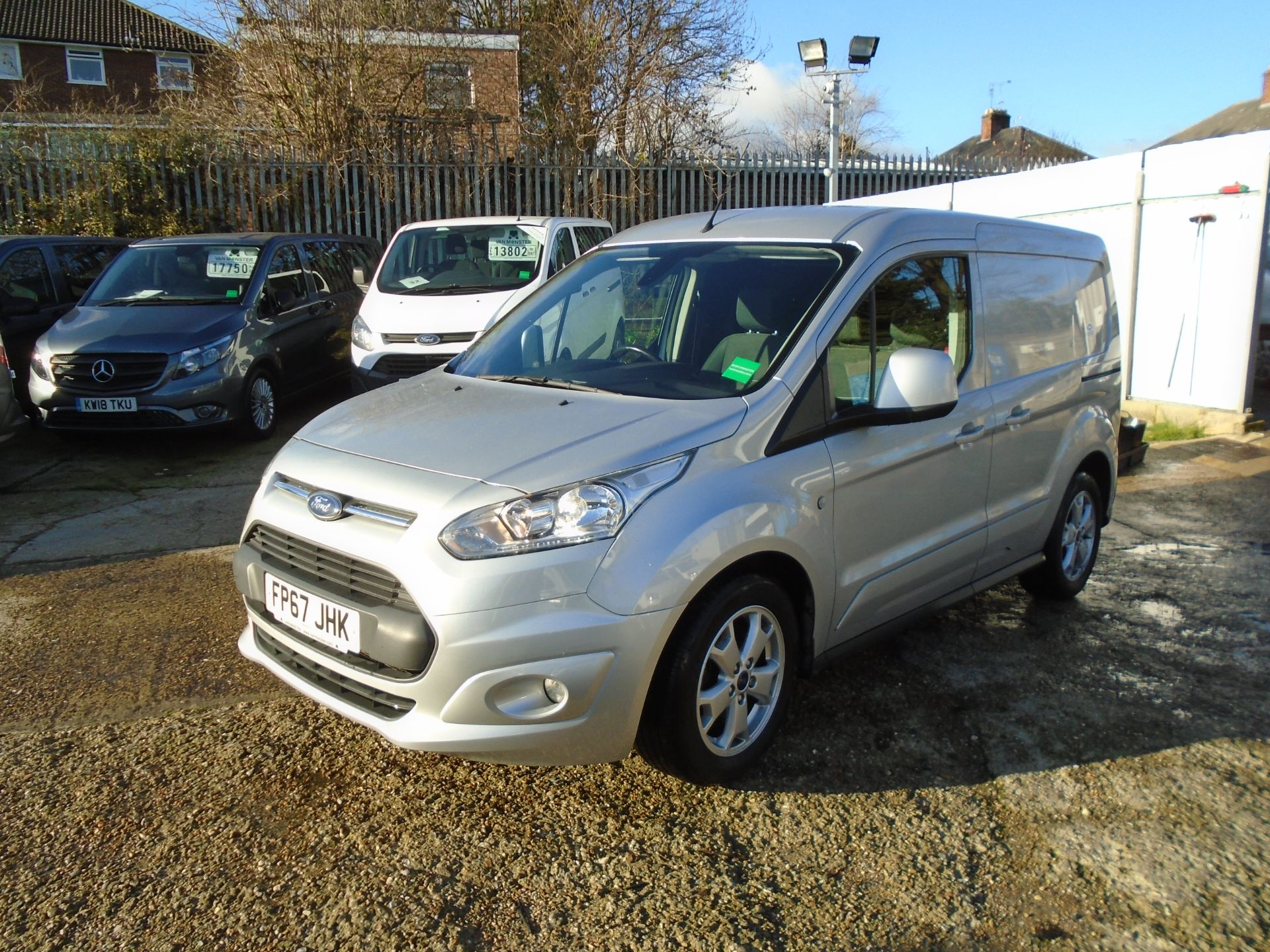 2017 Ford Transit Connect 1.5 Tdci 120Ps Limited Van EURO 6 (FP67JHK) Image 3